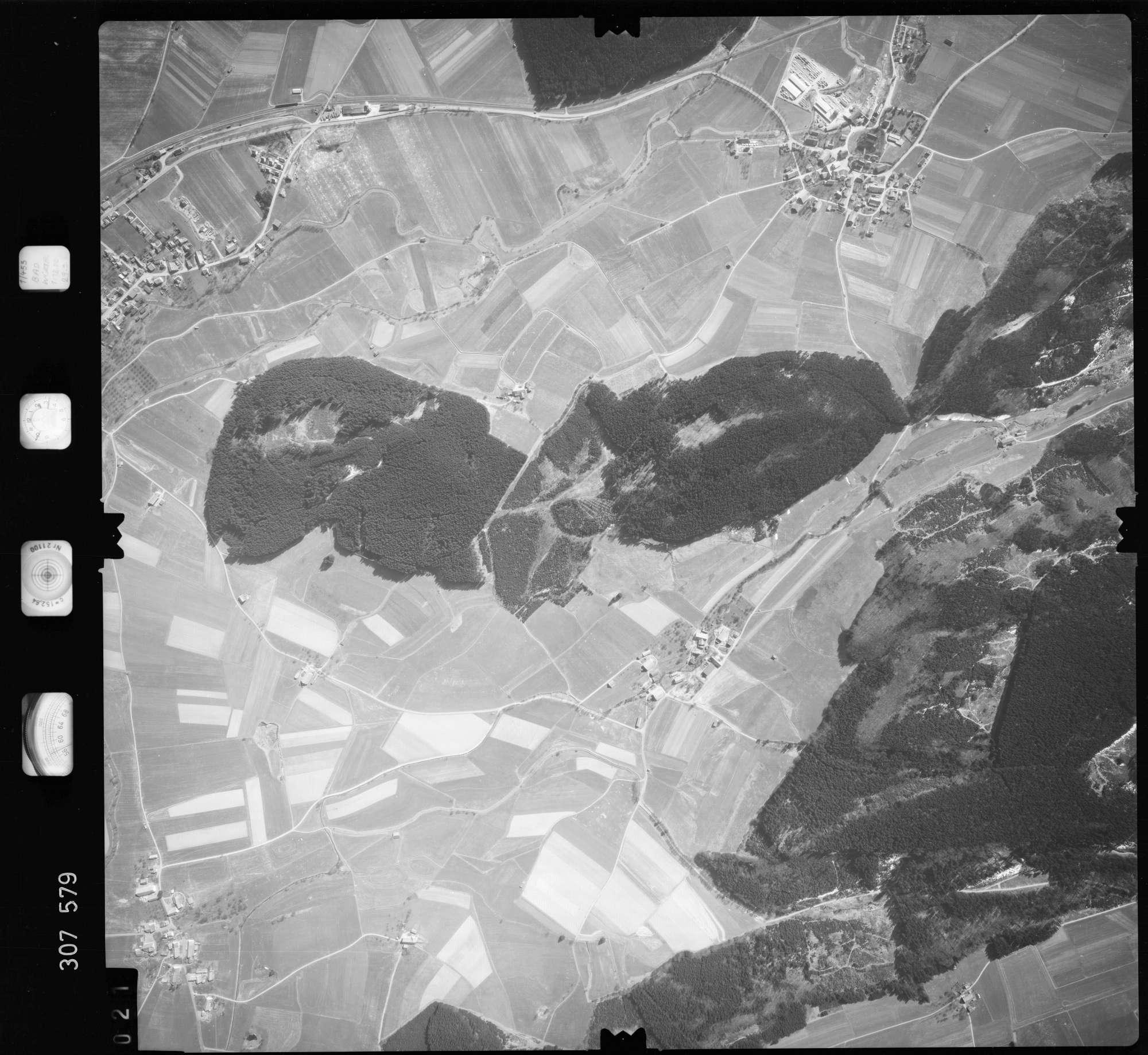 Luftbild: Film 61 Bildnr. 21, Bild 1