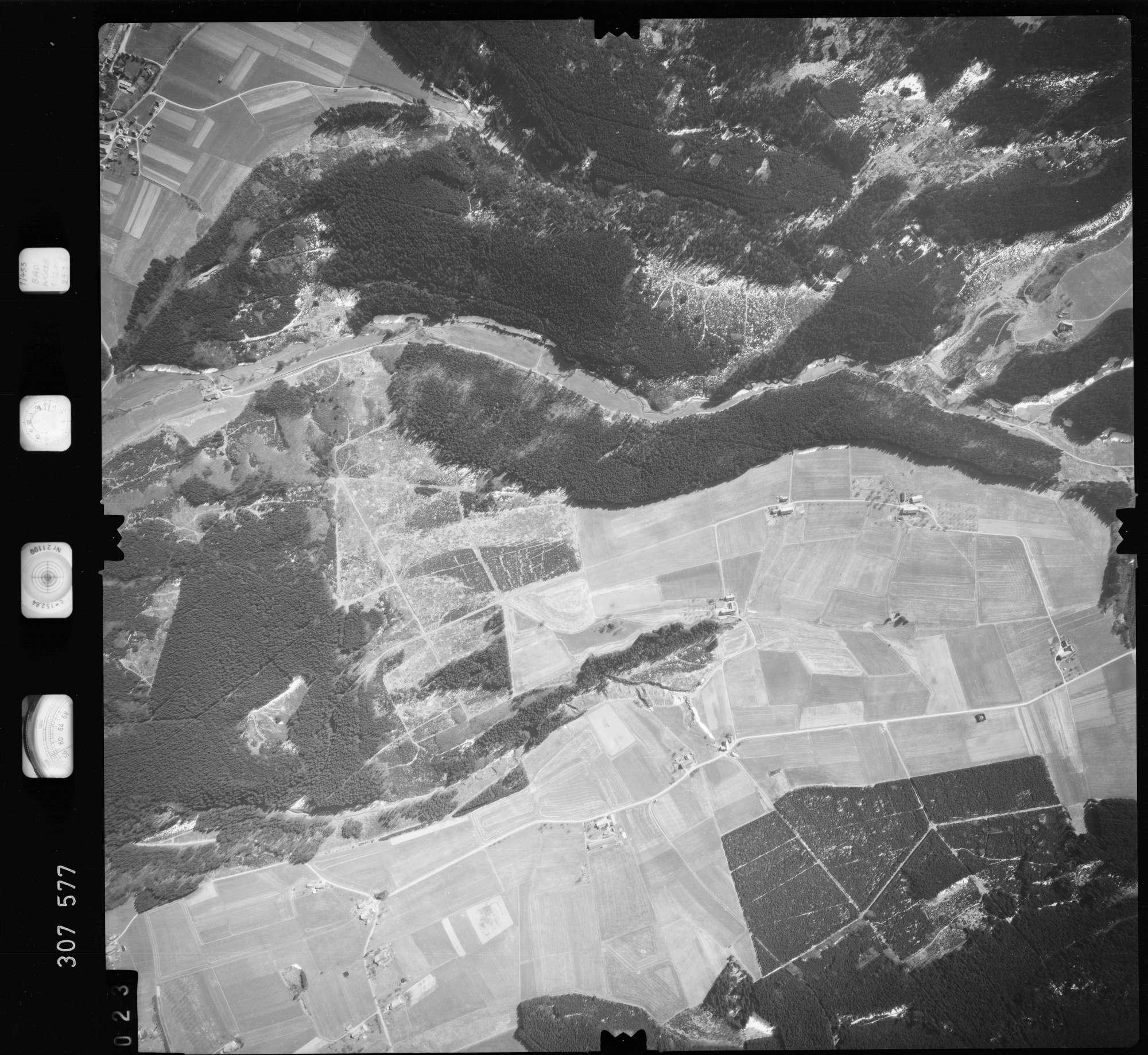 Luftbild: Film 61 Bildnr. 23, Bild 1