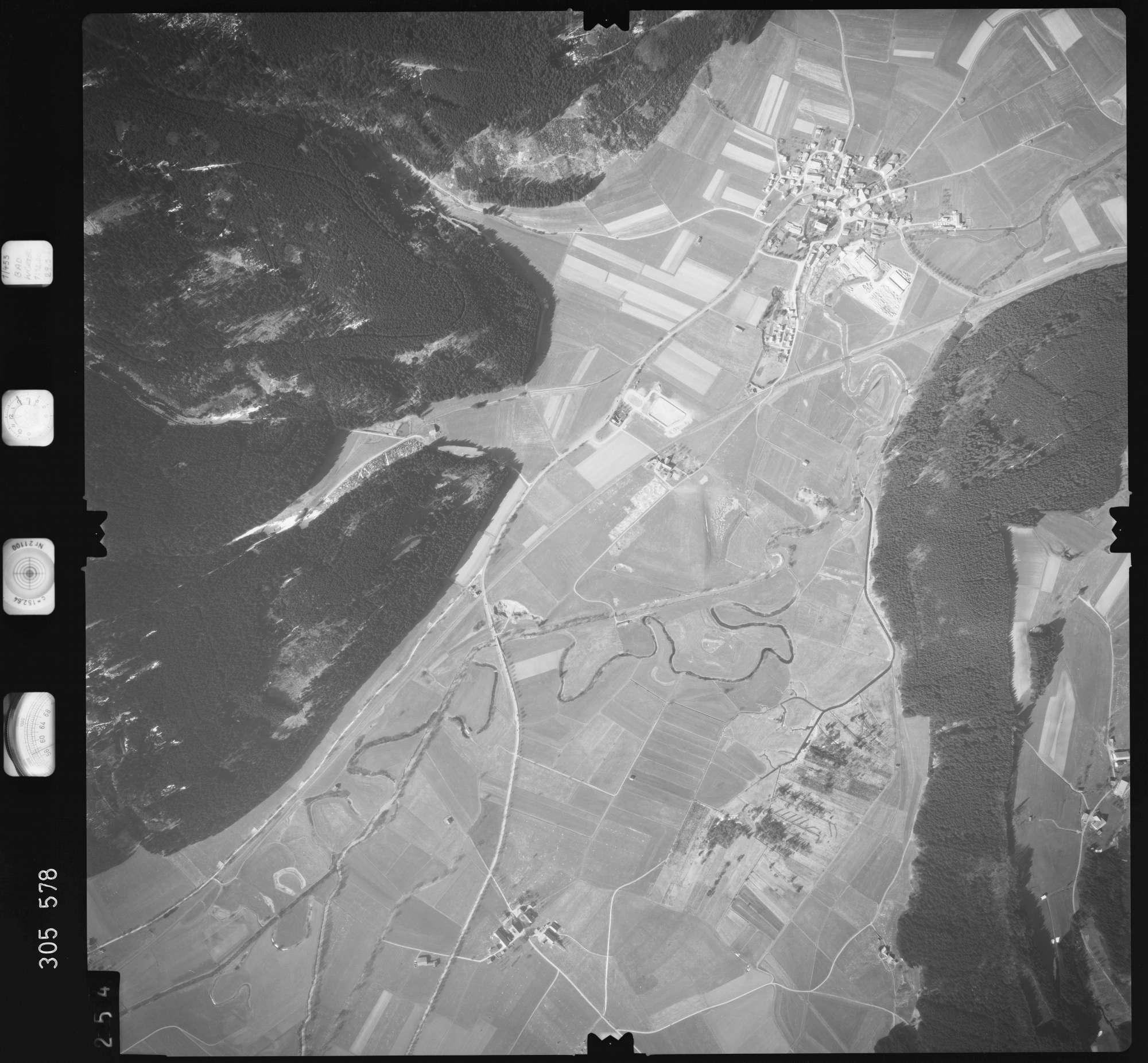 Luftbild: Film 61 Bildnr. 254, Bild 1