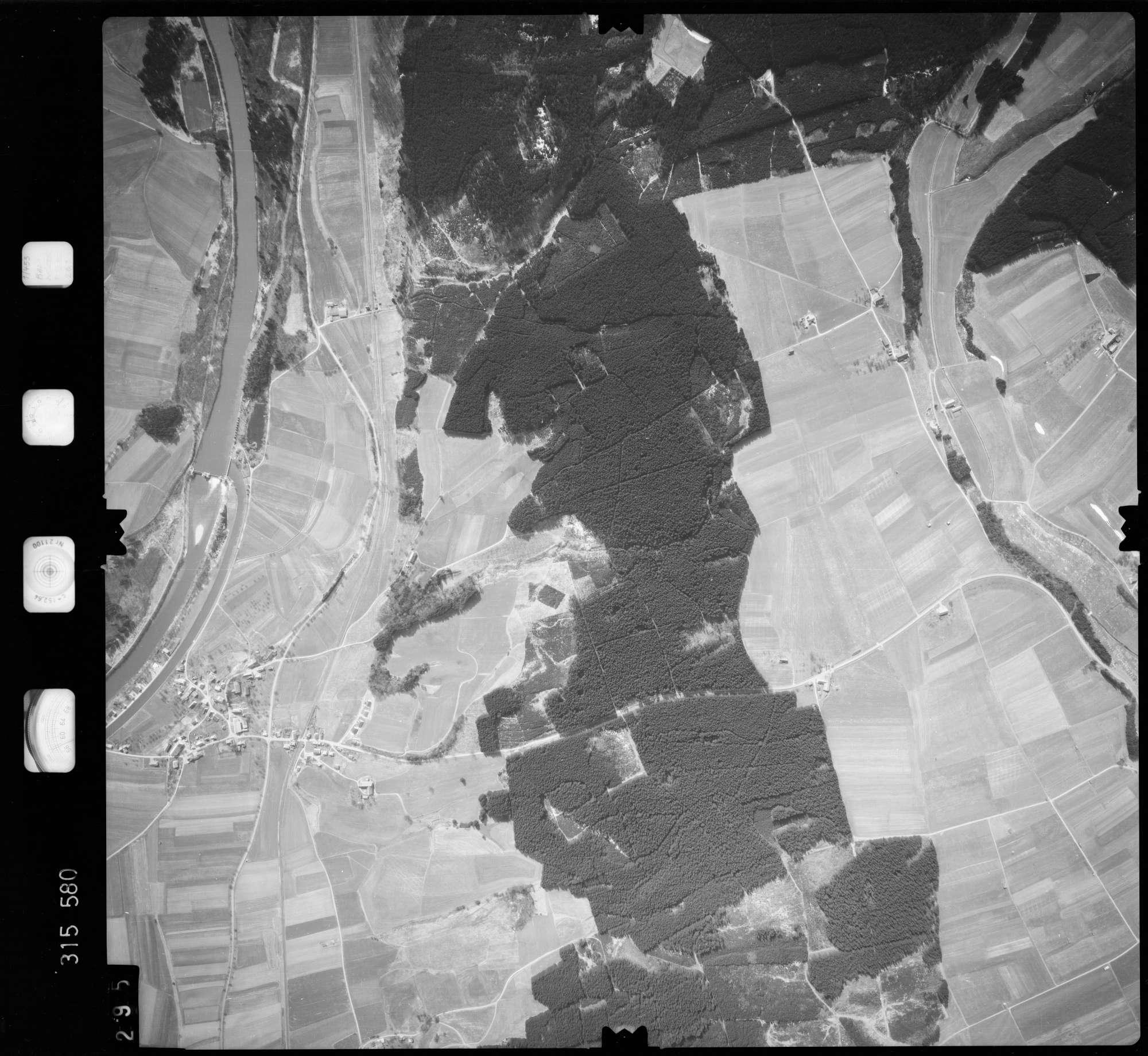 Luftbild: Film 58 Bildnr. 295, Bild 1