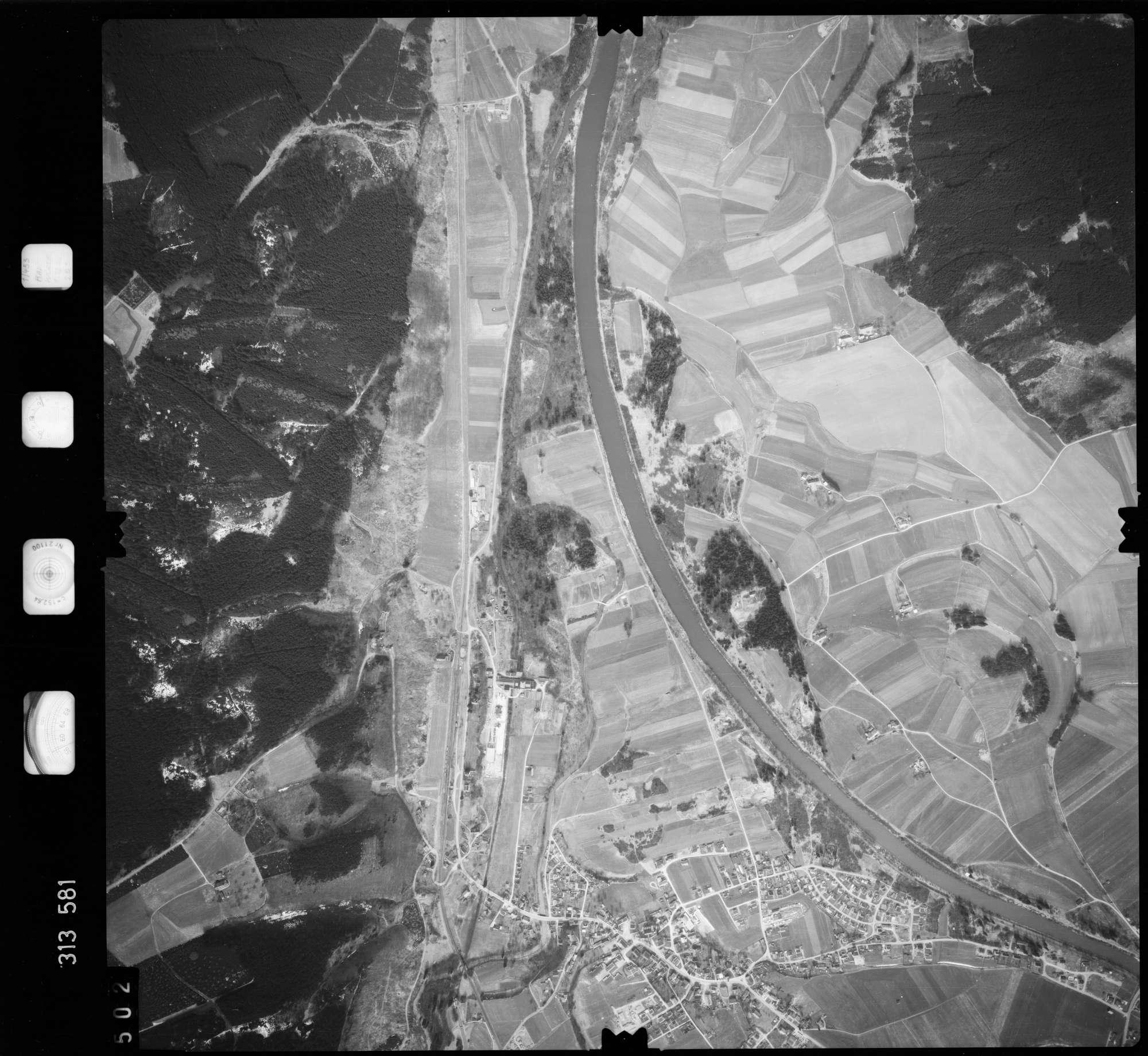 Luftbild: Film 58 Bildnr. 502, Bild 1