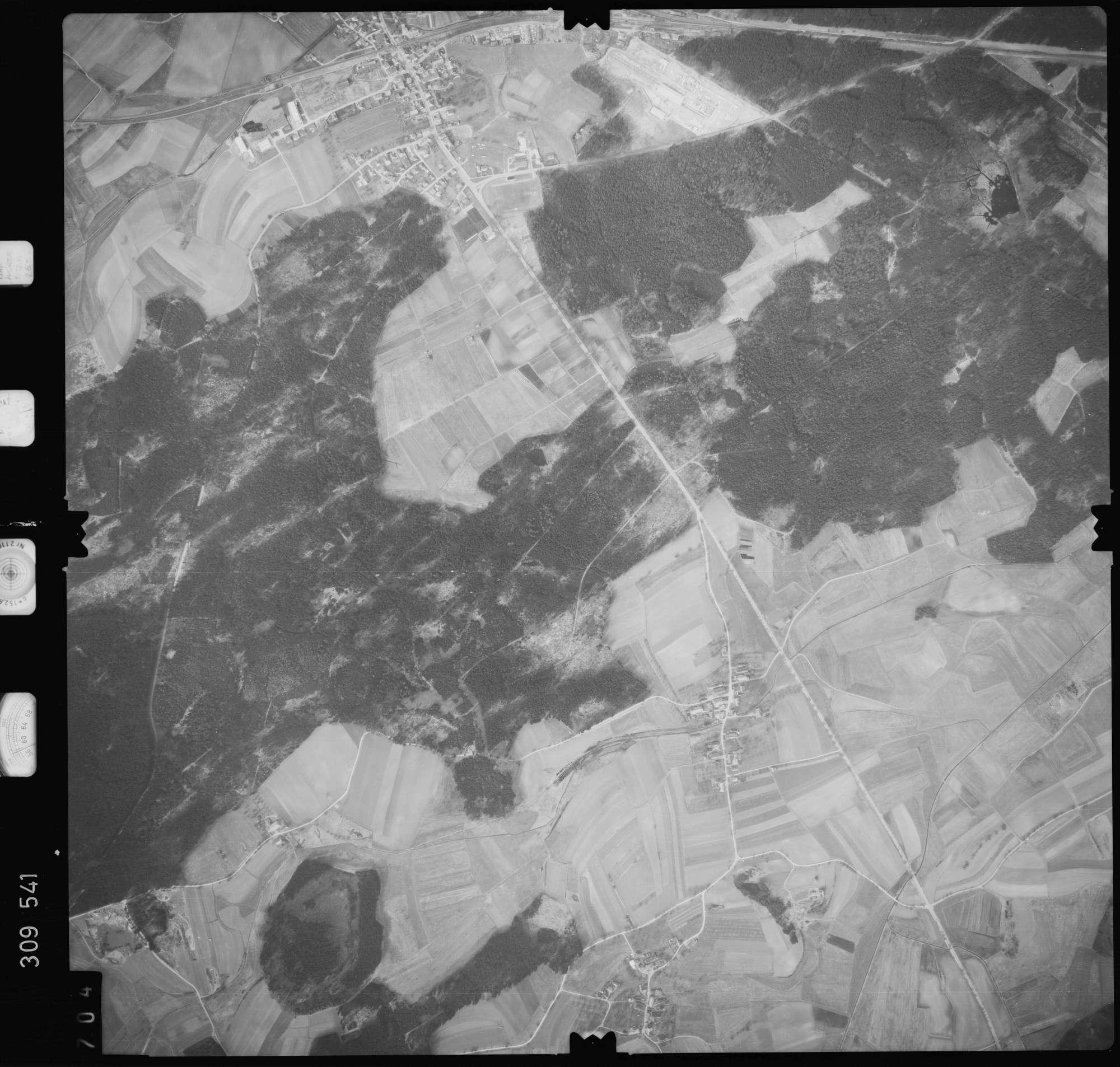 Luftbild: Film 59 Bildnr. 704, Bild 1
