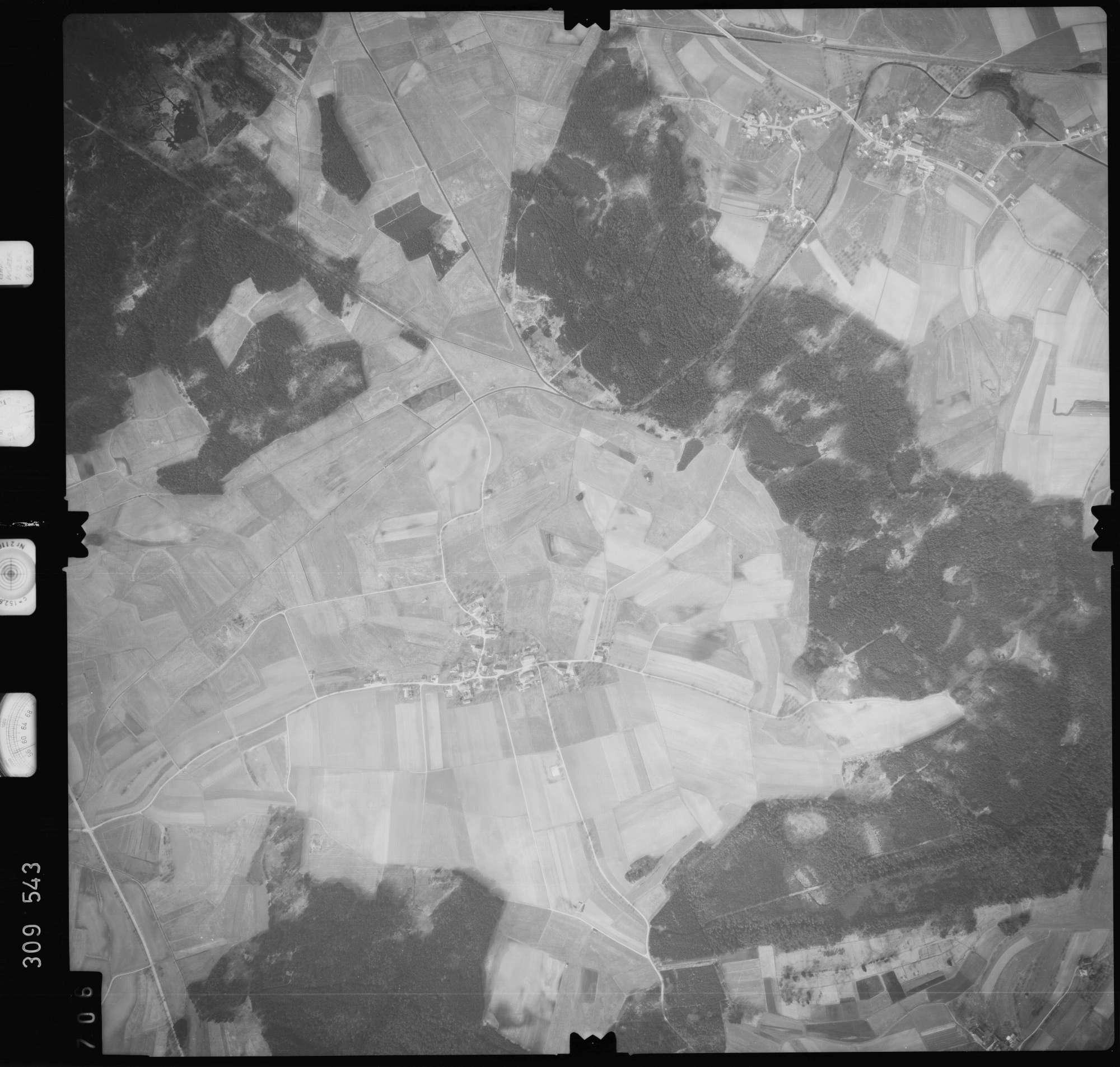 Luftbild: Film 59 Bildnr. 706, Bild 1