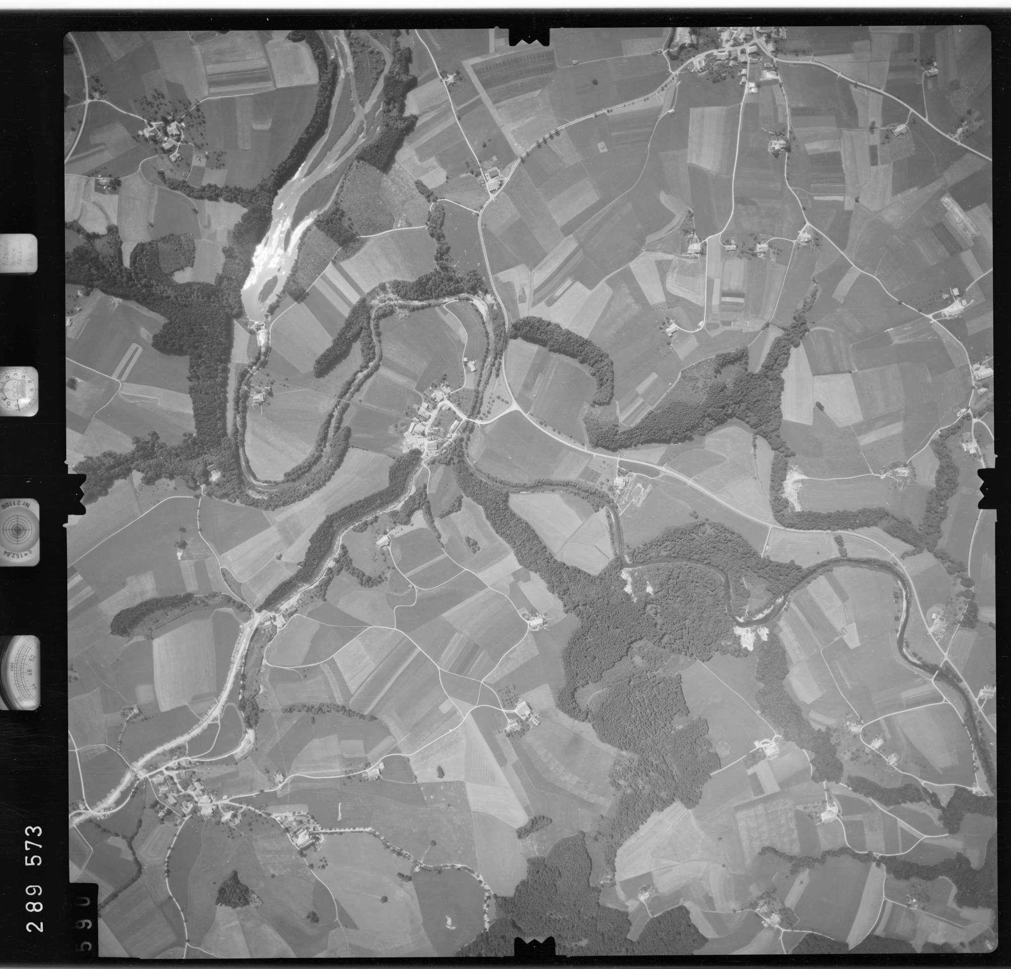 Luftbild: Film 76 Bildnr. 590, Bild 1