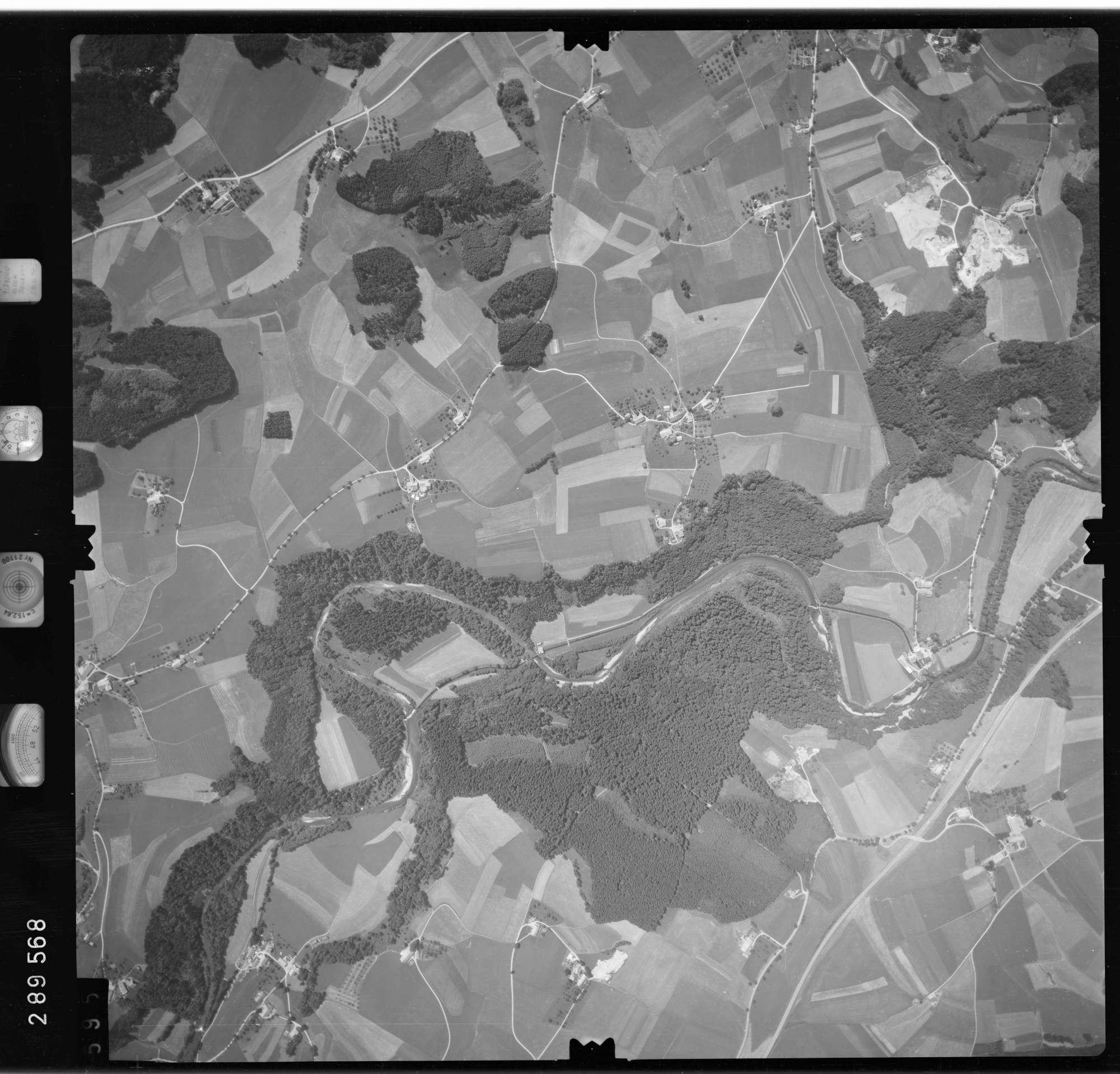 Luftbild: Film 76 Bildnr. 595, Bild 1