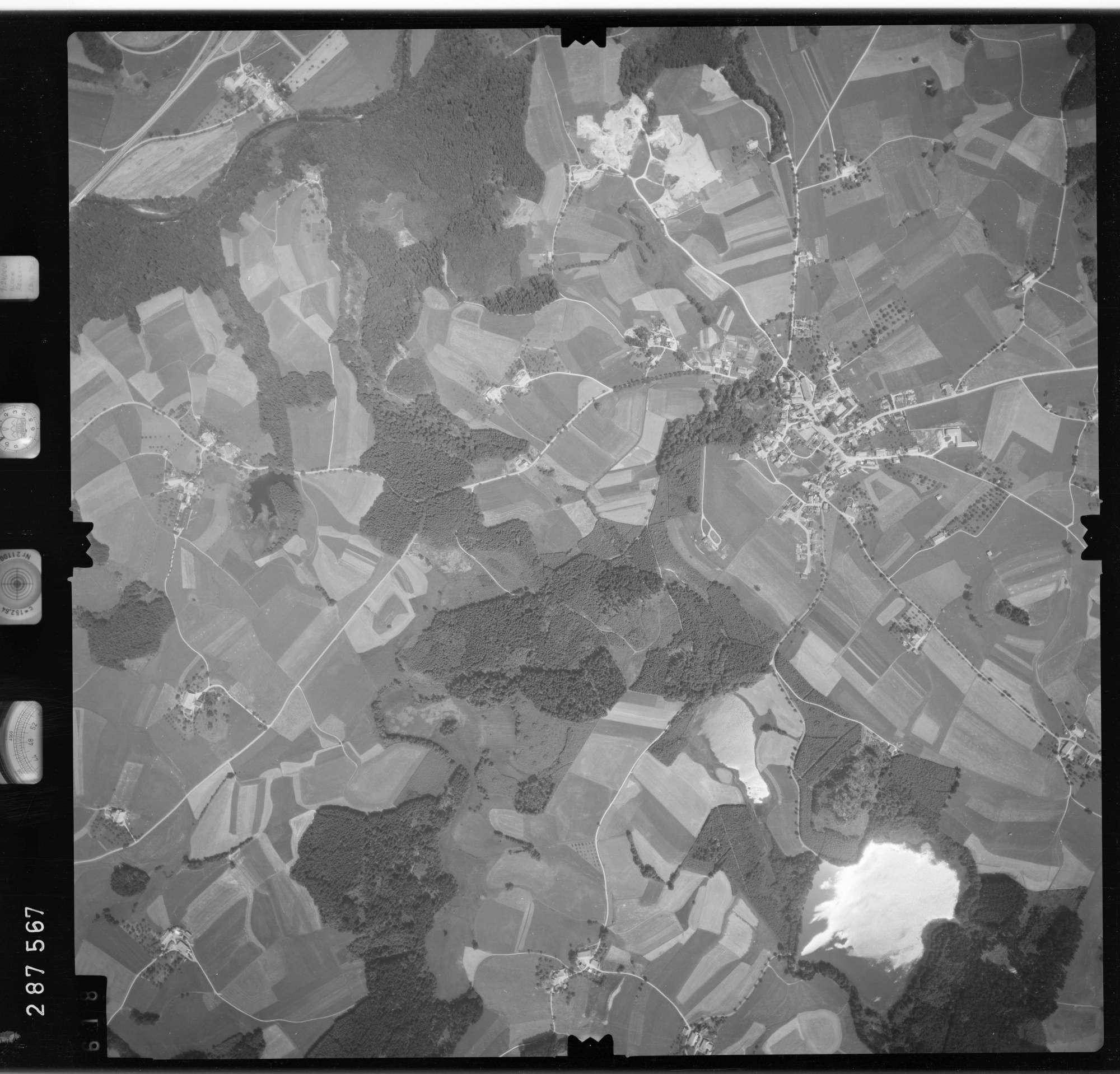Luftbild: Film 76 Bildnr. 618, Bild 1