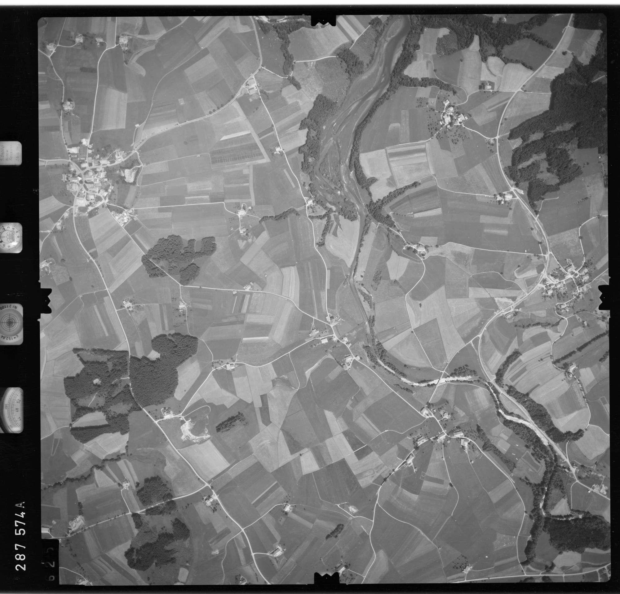 Luftbild: Film 76 Bildnr. 625, Bild 1
