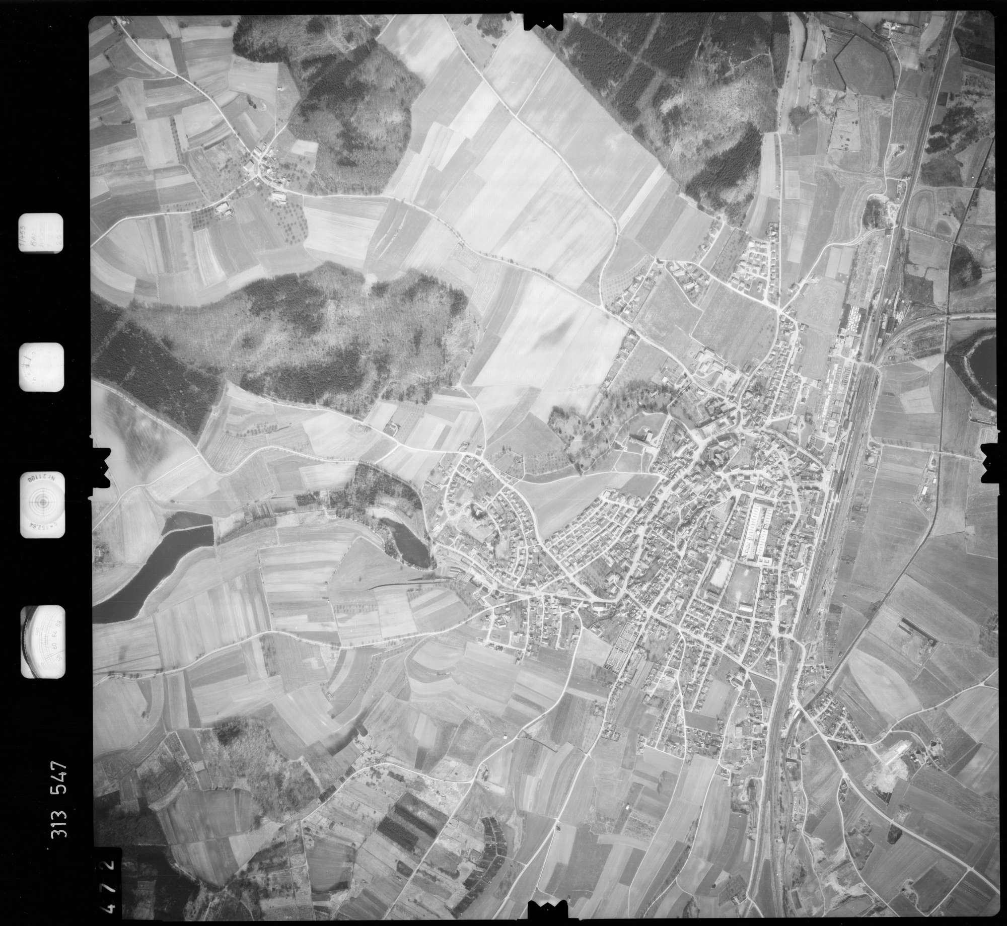 Luftbild: Film 58 Bildnr. 472, Bild 1