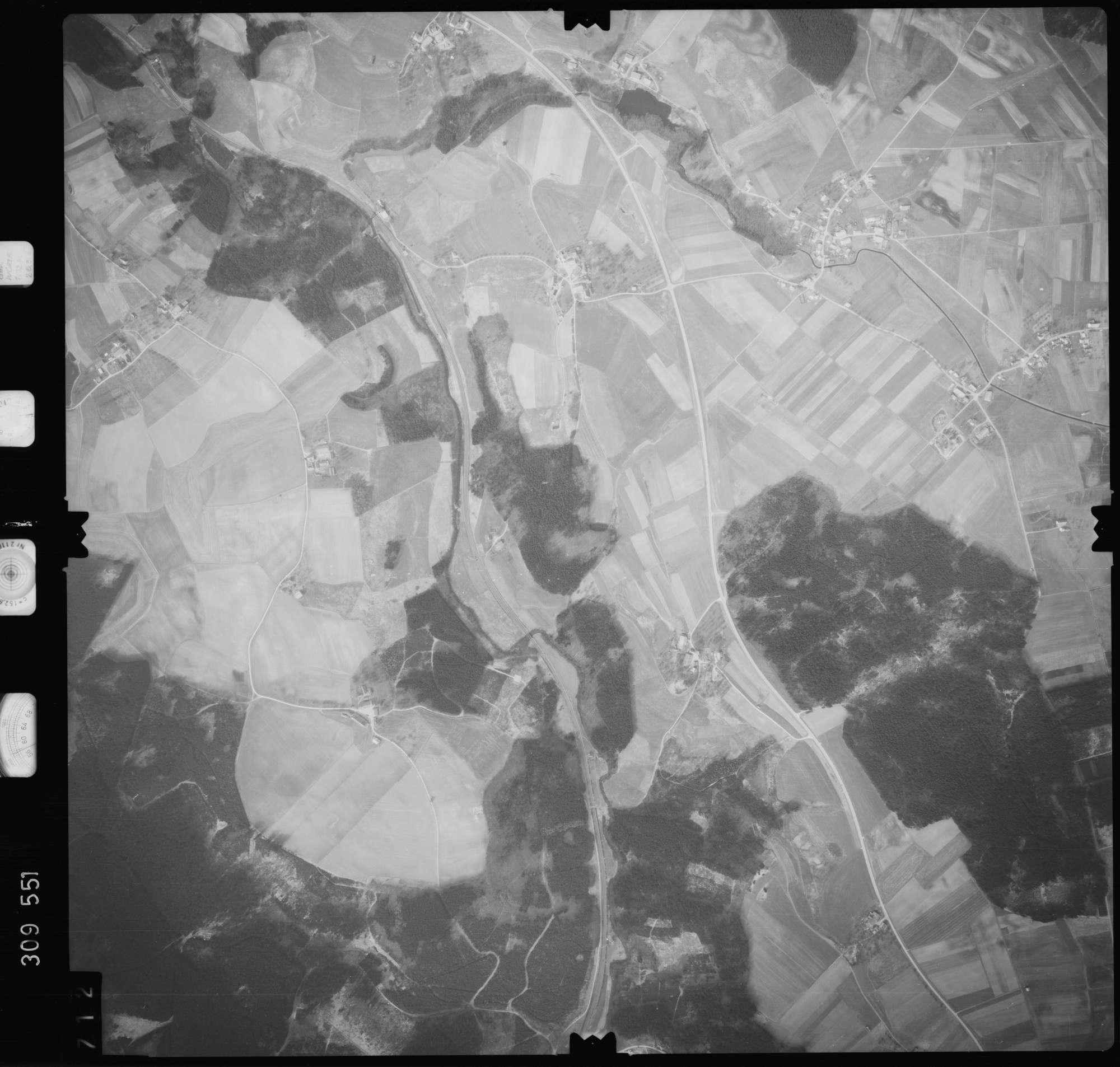 Luftbild: Film 59 Bildnr. 712, Bild 1