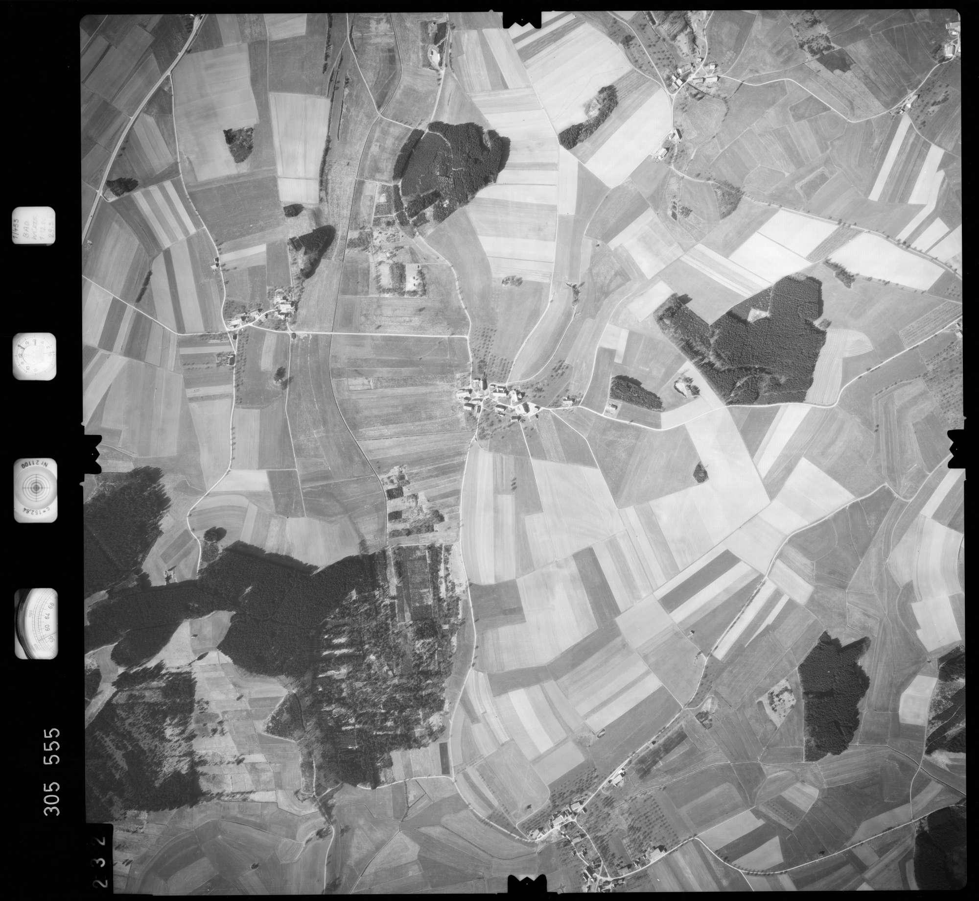 Luftbild: Film 61 Bildnr. 232, Bild 1