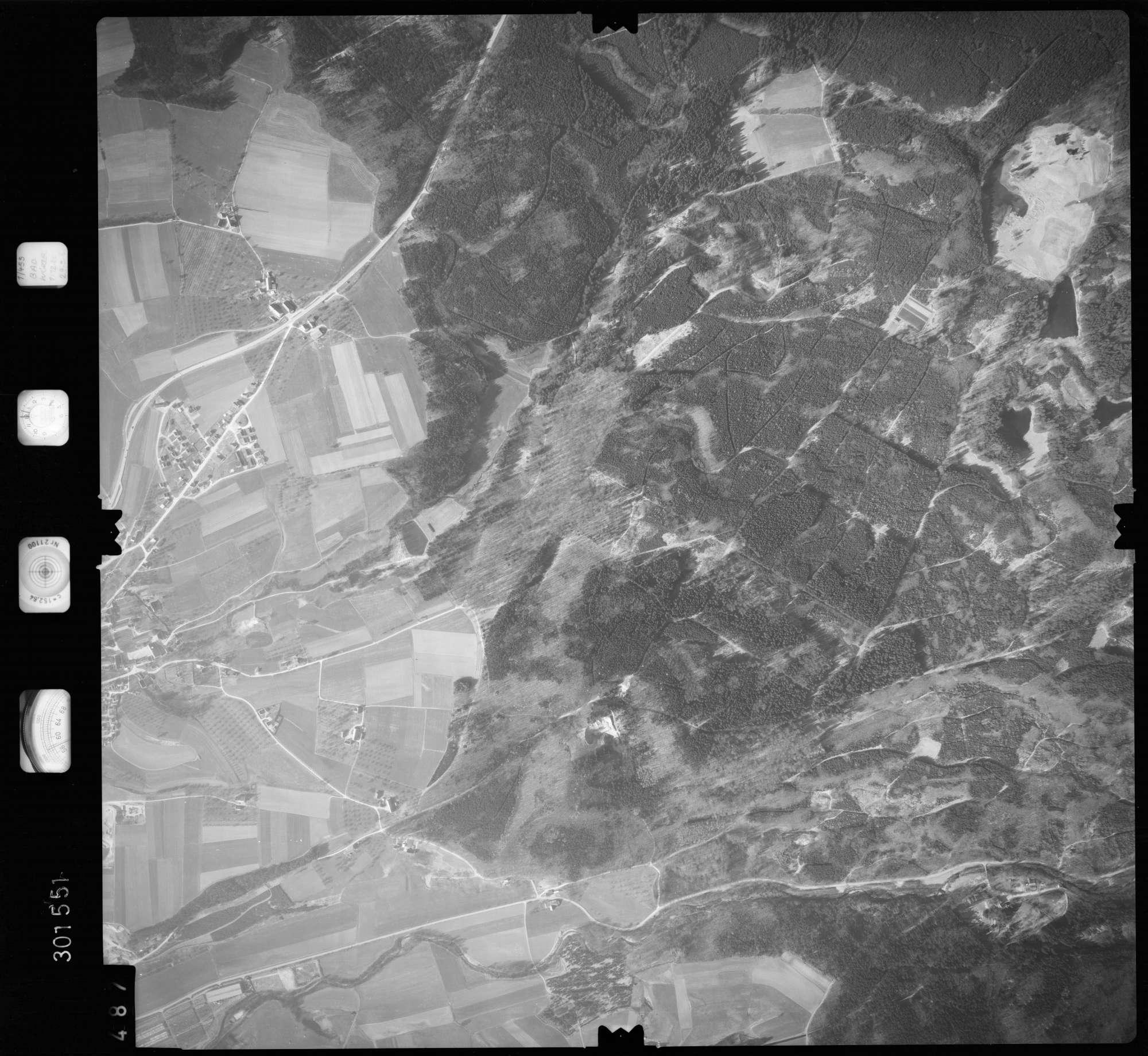 Luftbild: Film 64 Bildnr. 487, Bild 1