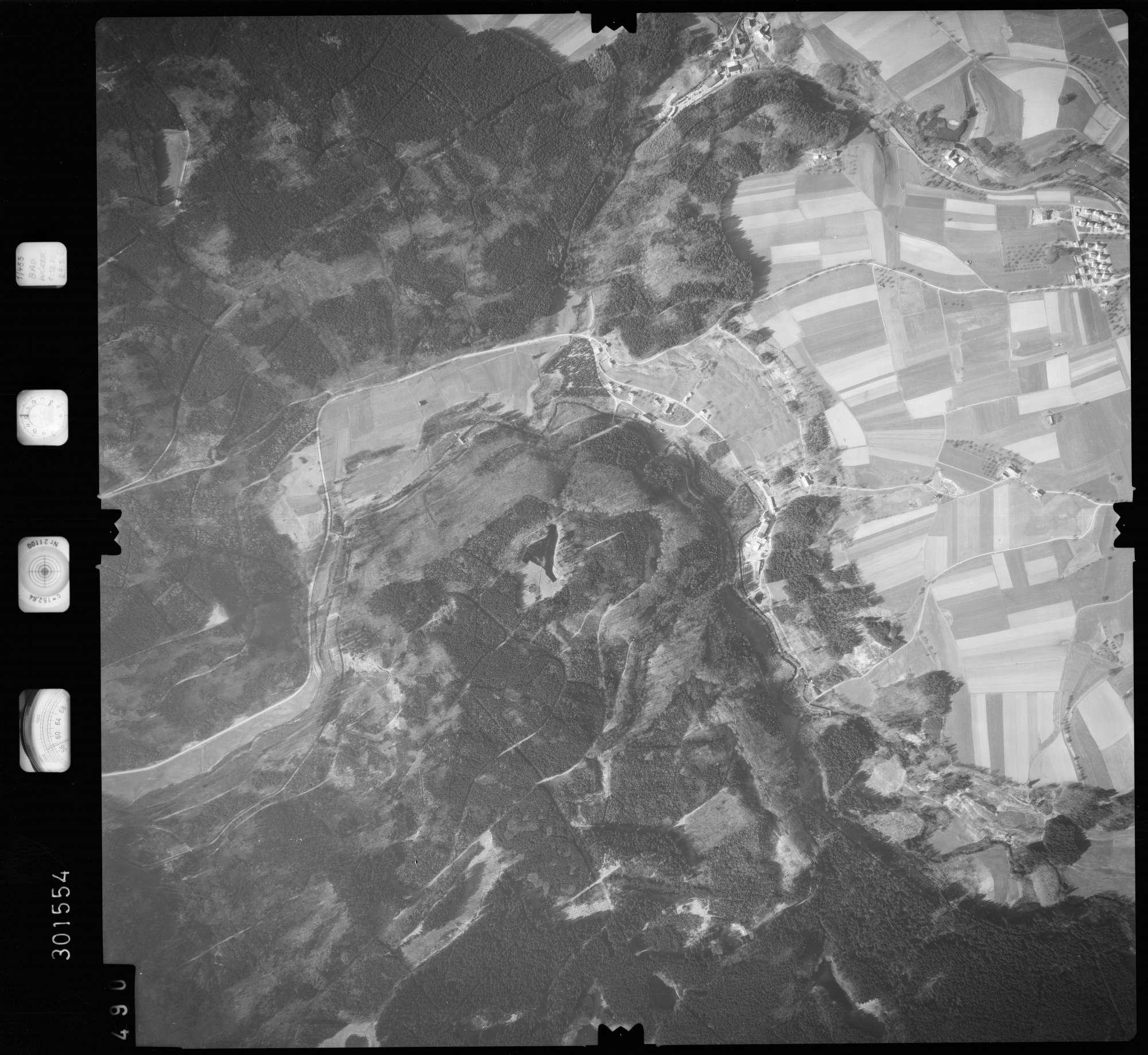 Luftbild: Film 64 Bildnr. 490, Bild 1