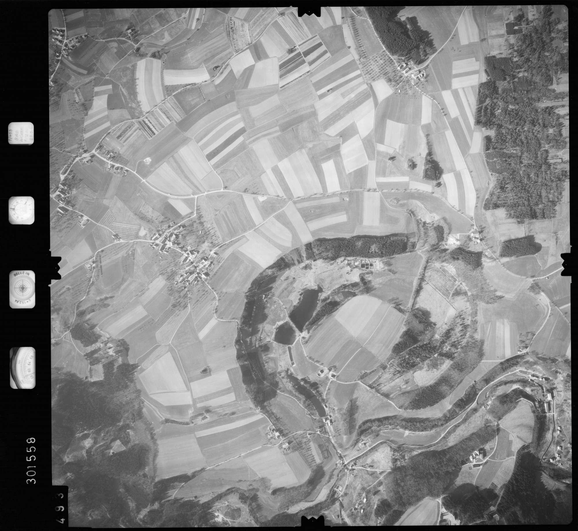 Luftbild: Film 64 Bildnr. 493, Bild 1