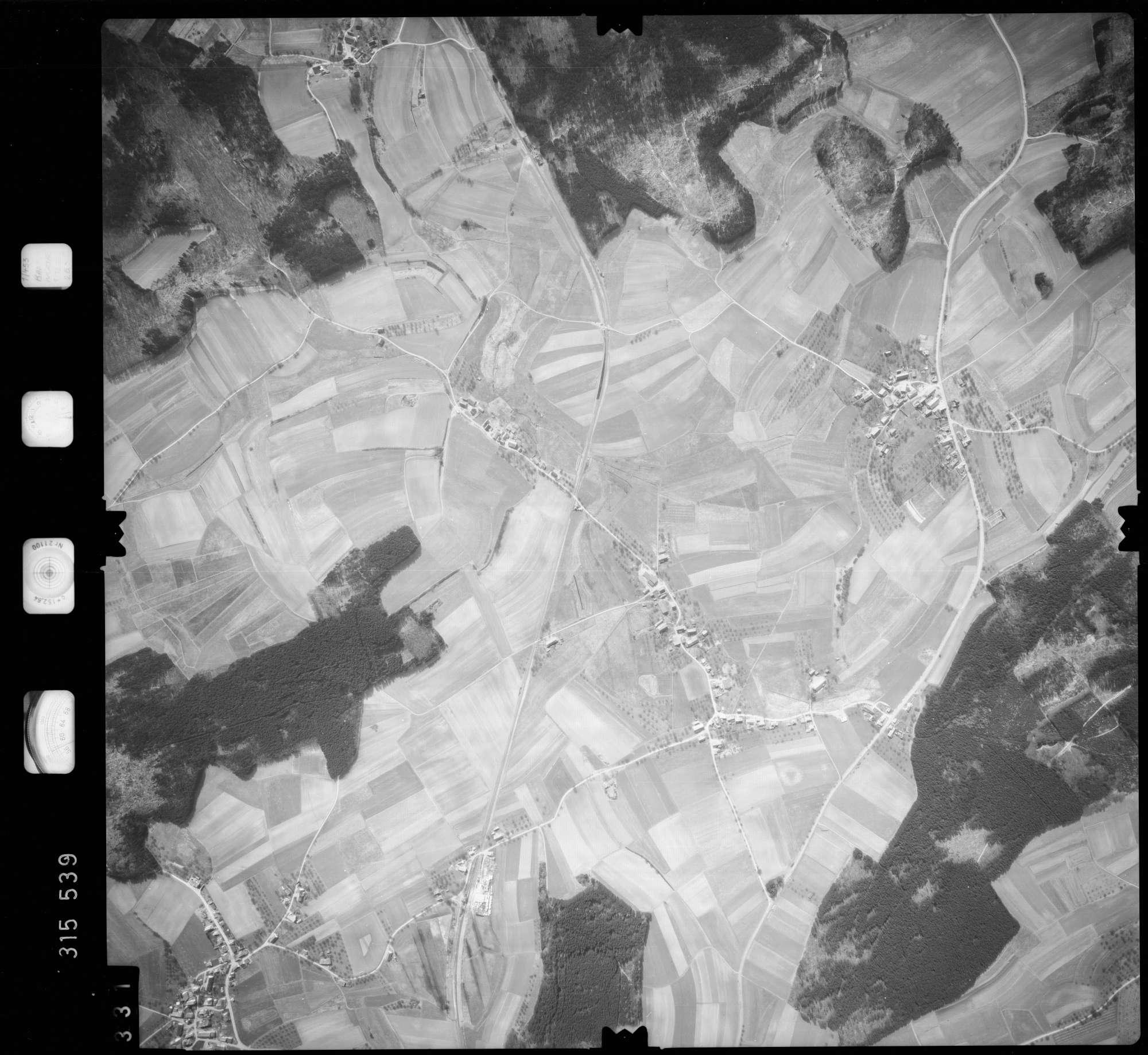 Luftbild: Film 58 Bildnr. 331, Bild 1