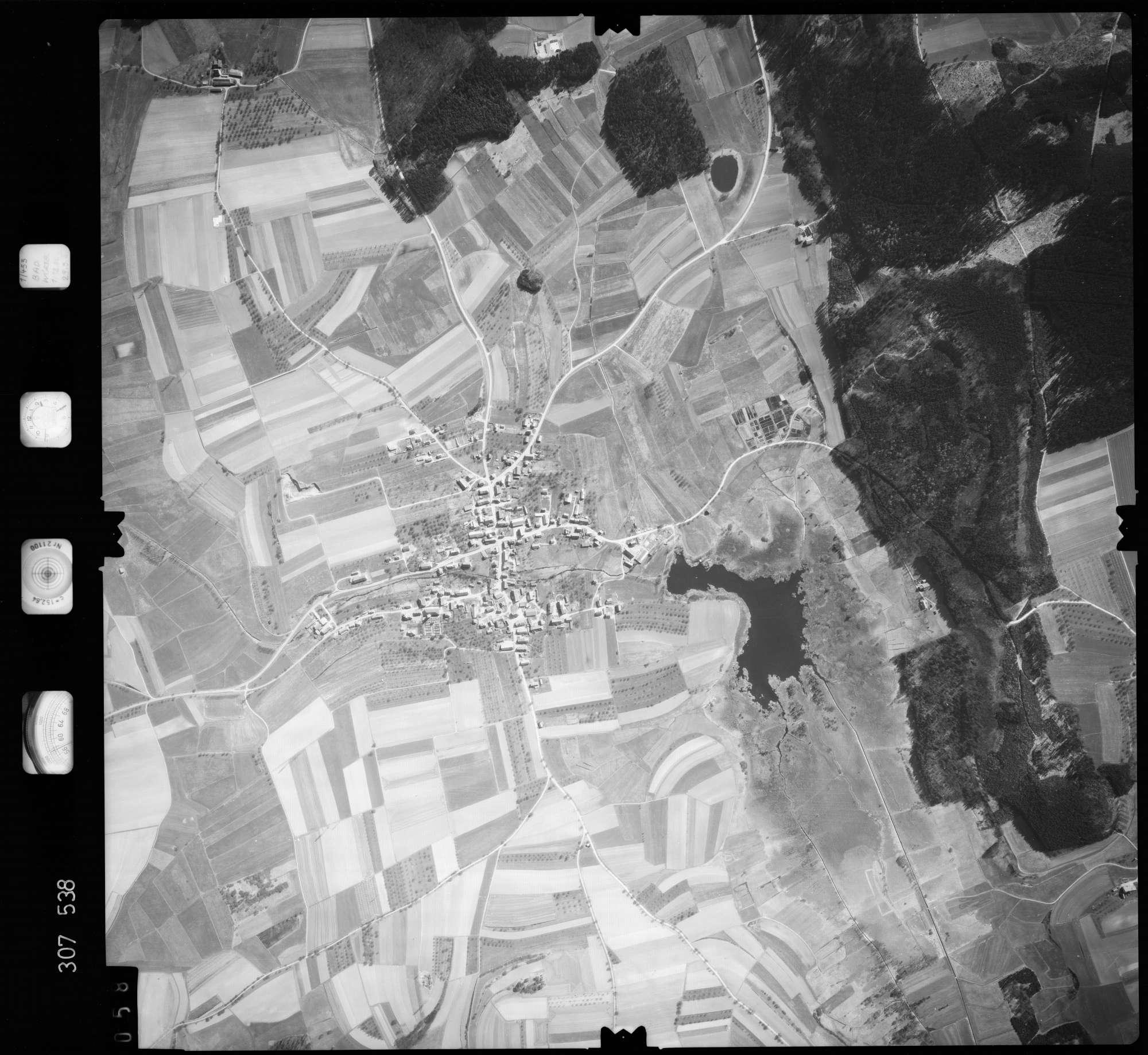 Luftbild: Film 61 Bildnr. 58, Bild 1