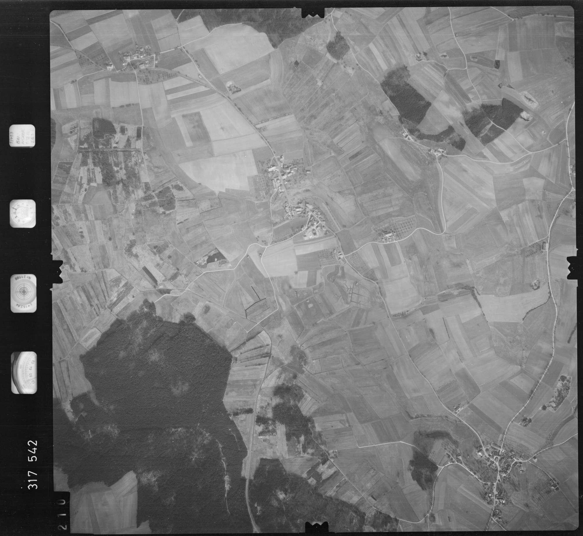 Luftbild: Film 57 Bildnr. 210, Bild 1