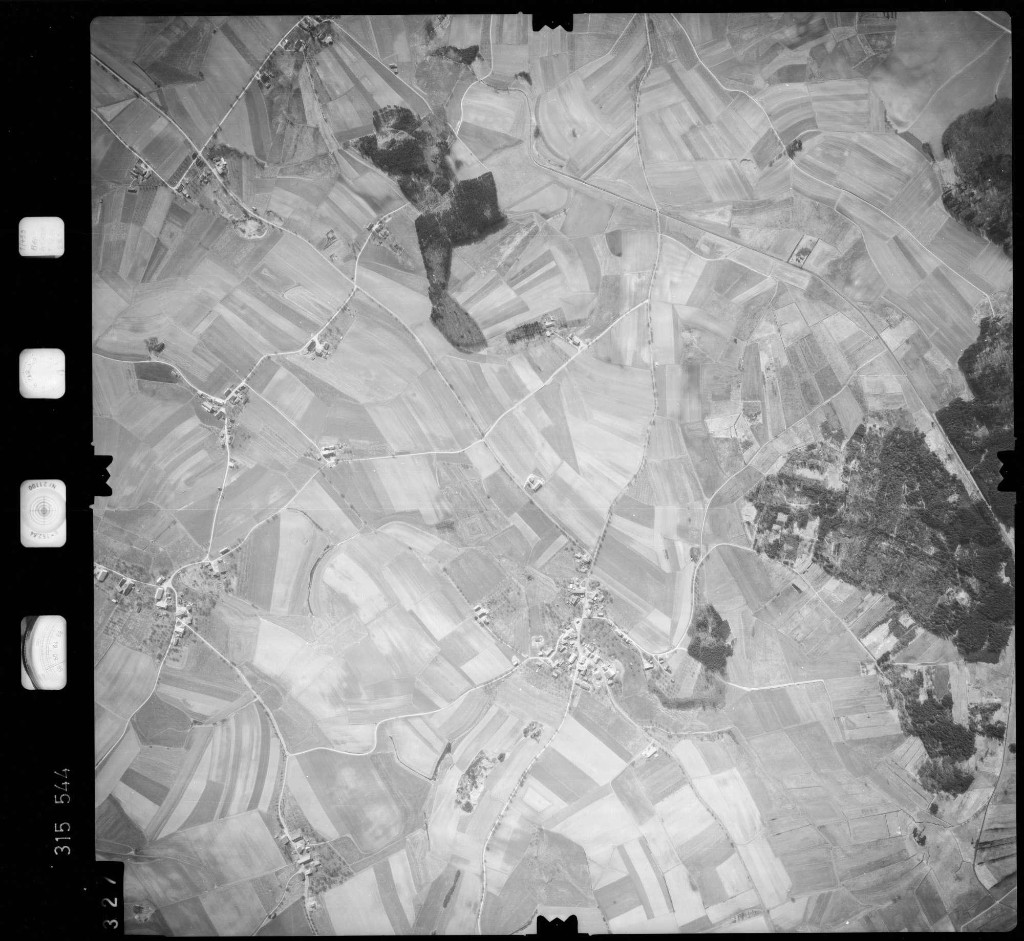 Luftbild: Film 58 Bildnr. 327, Bild 1