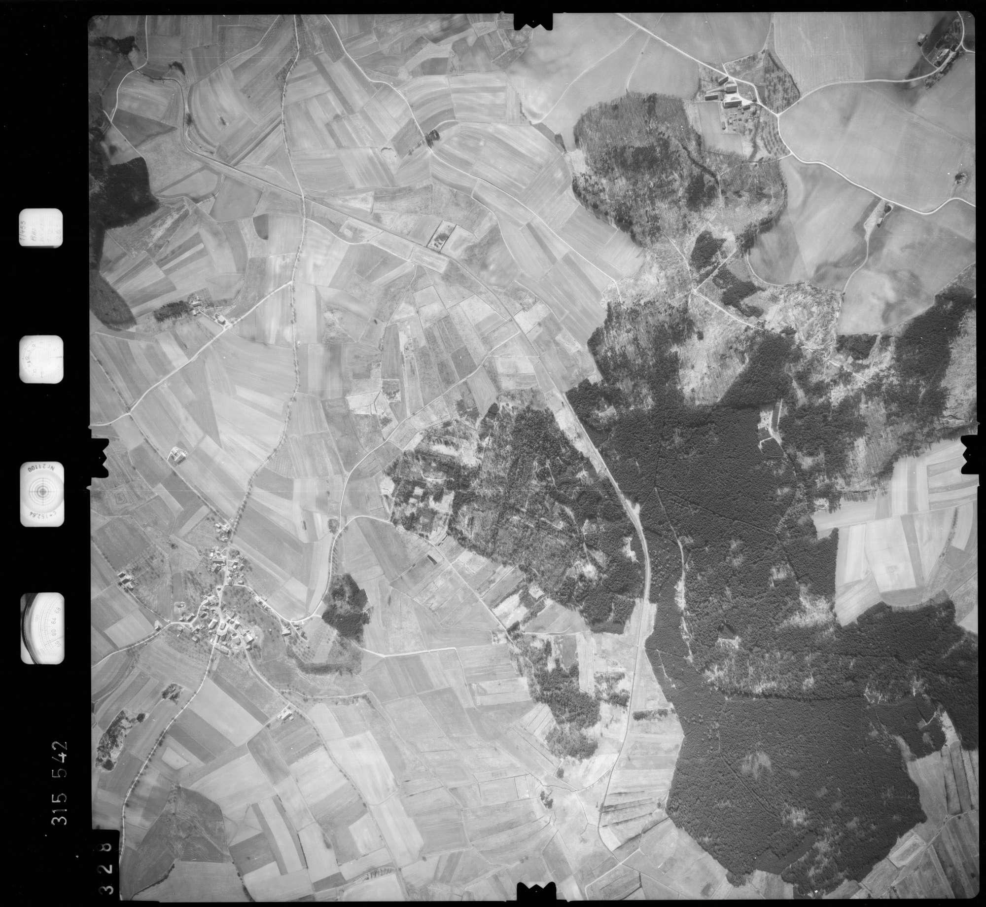 Luftbild: Film 58 Bildnr. 328, Bild 1