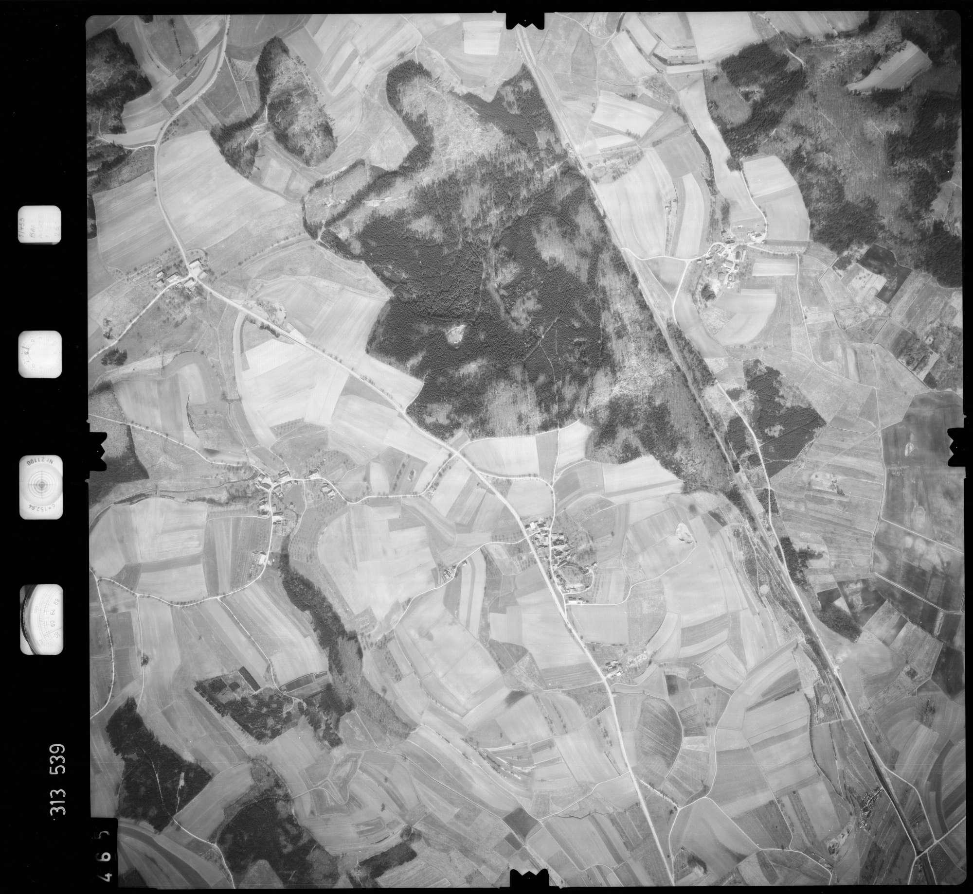 Luftbild: Film 58 Bildnr. 465, Bild 1