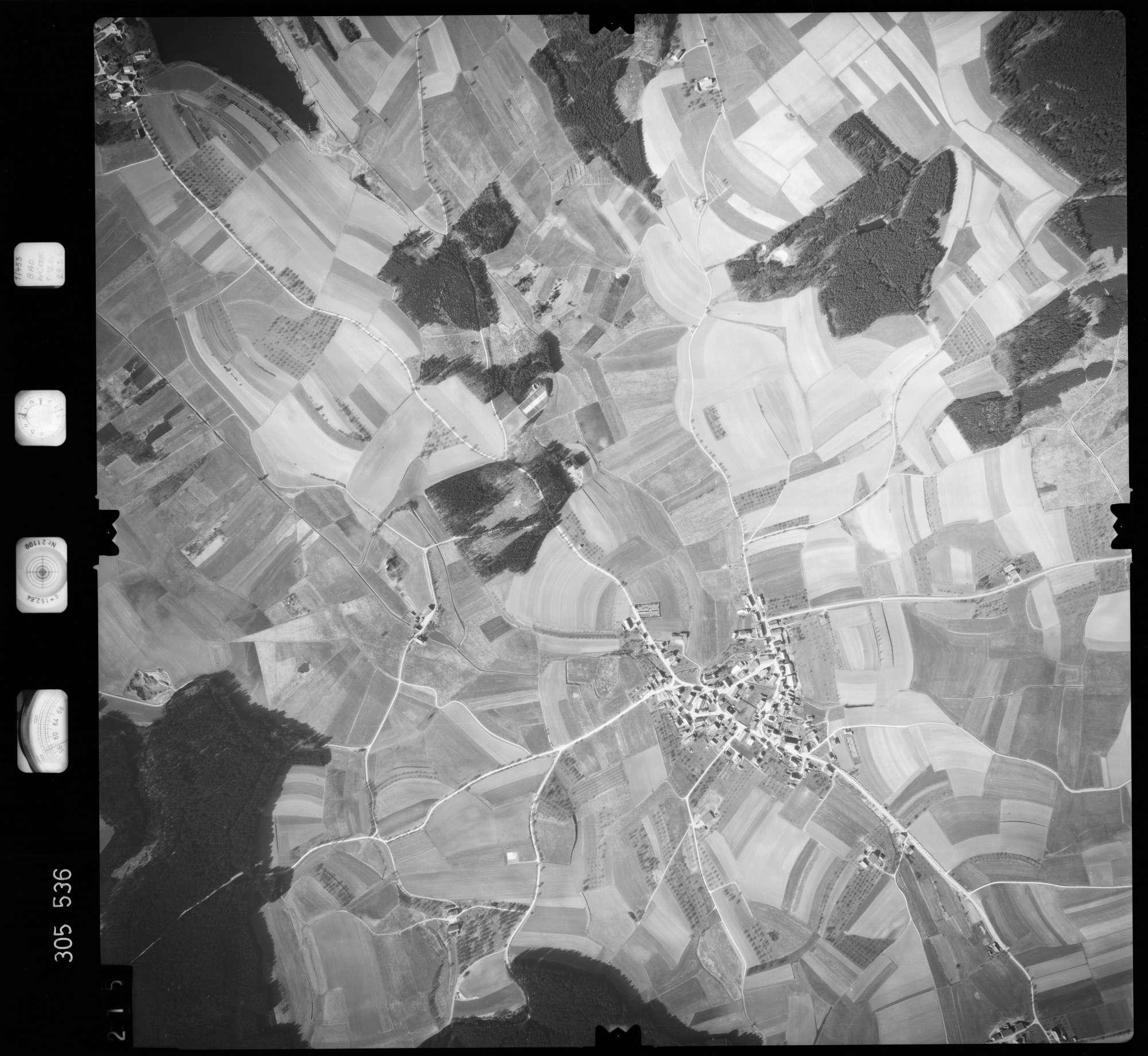 Luftbild: Film 61 Bildnr. 215, Bild 1