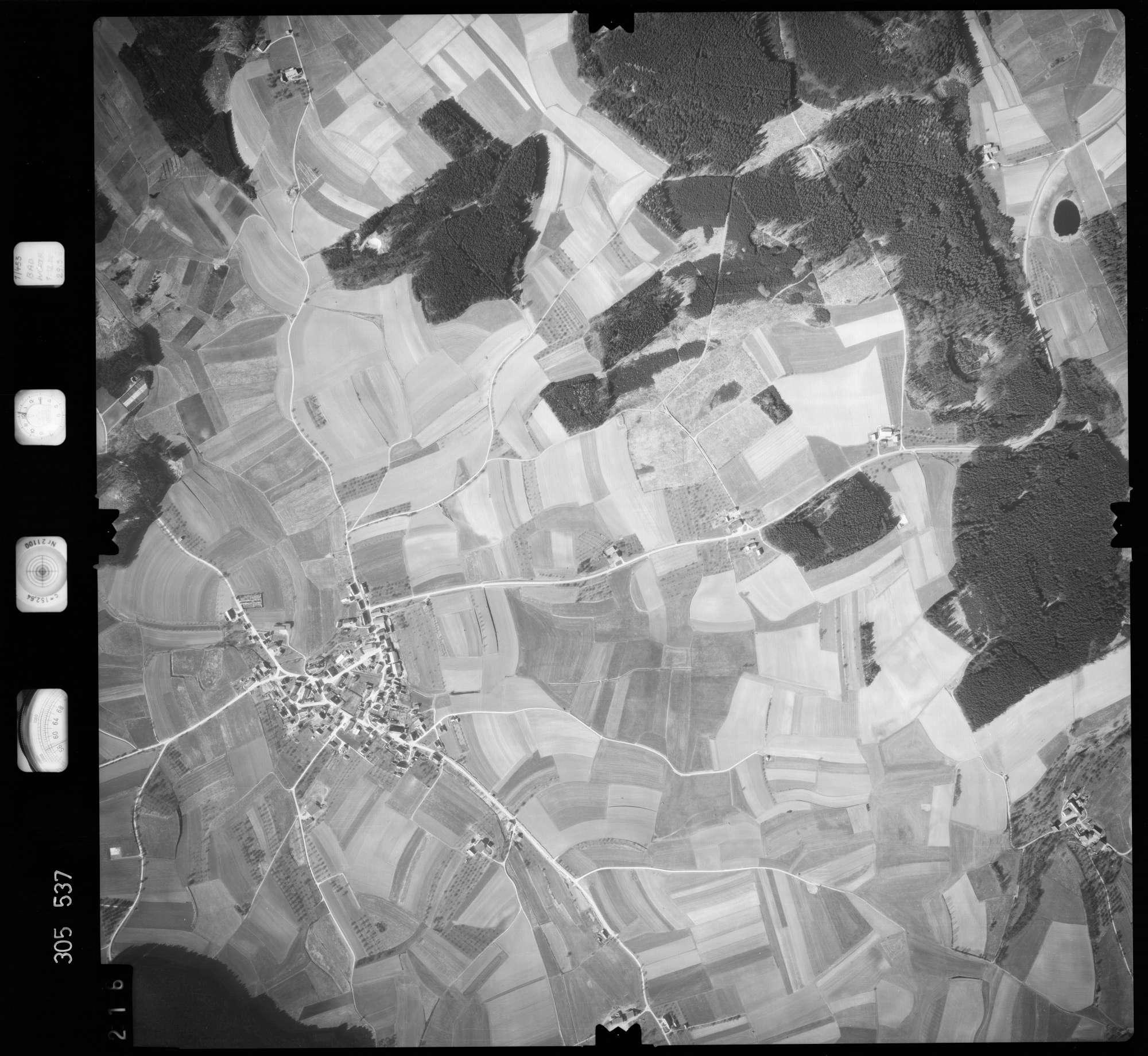 Luftbild: Film 61 Bildnr. 216, Bild 1