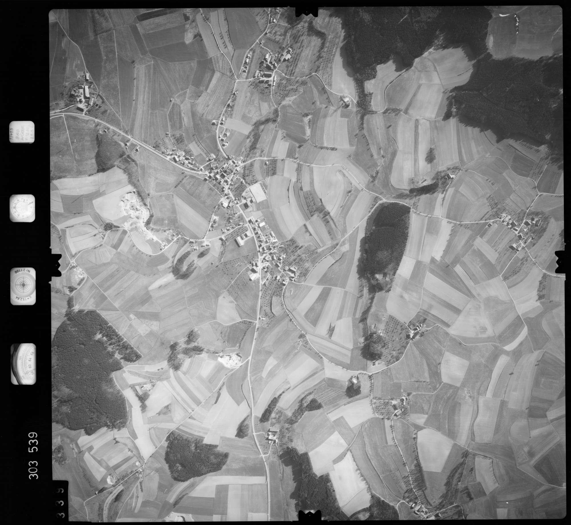 Luftbild: Film 64 Bildnr. 339, Bild 1