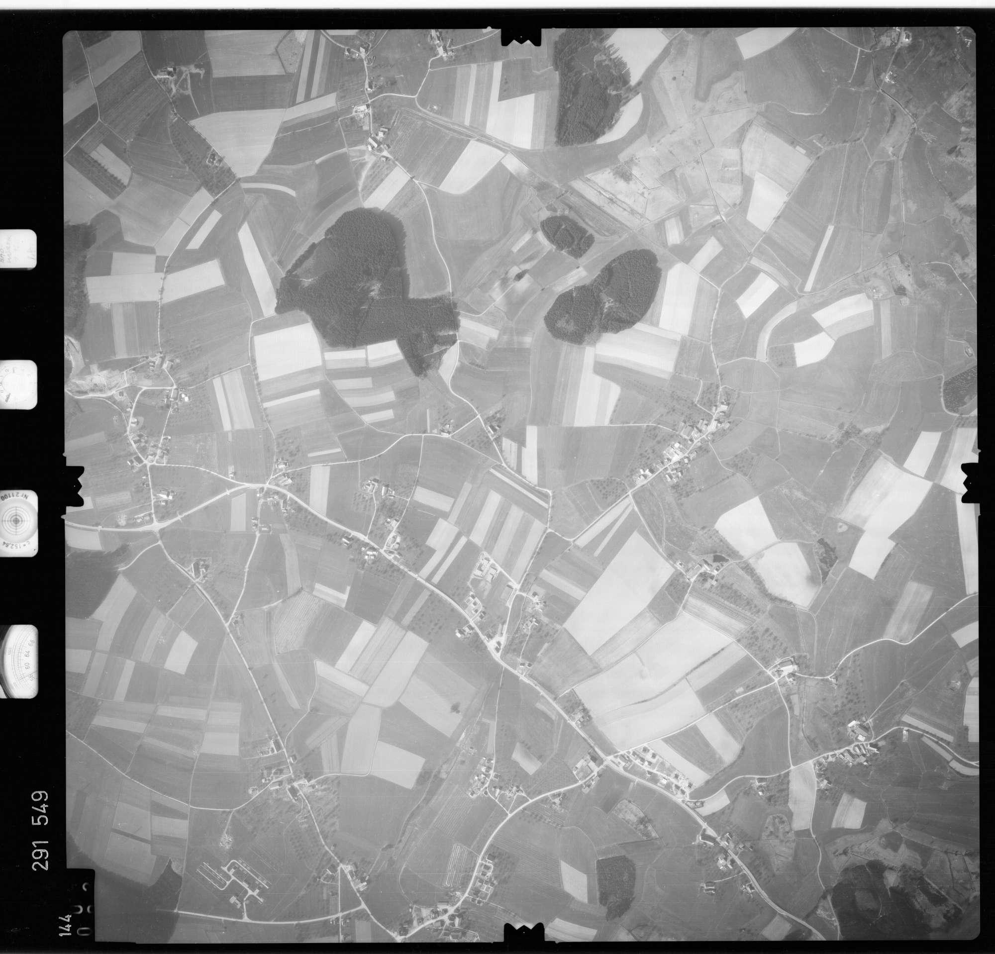 Luftbild: Film 74 Bildnr. 144, Bild 1