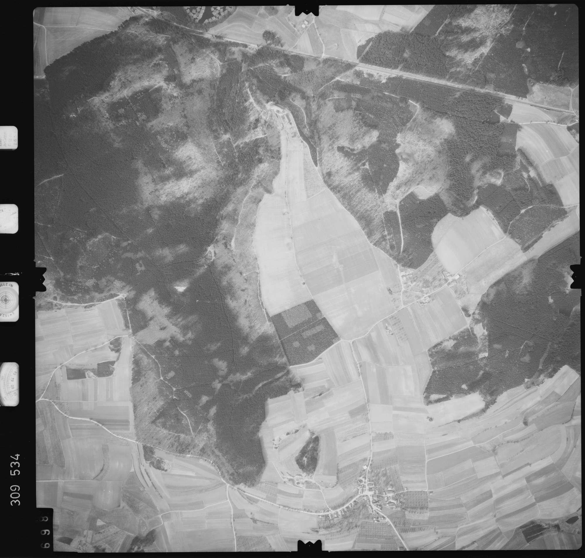 Luftbild: Film 59 Bildnr. 698, Bild 1