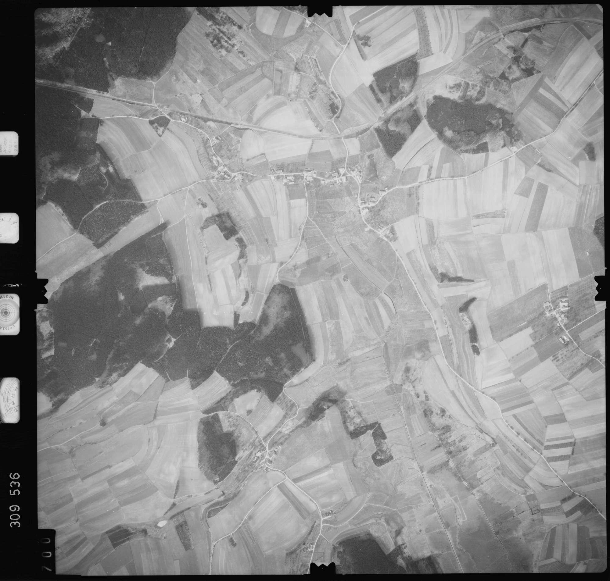 Luftbild: Film 59 Bildnr. 700, Bild 1