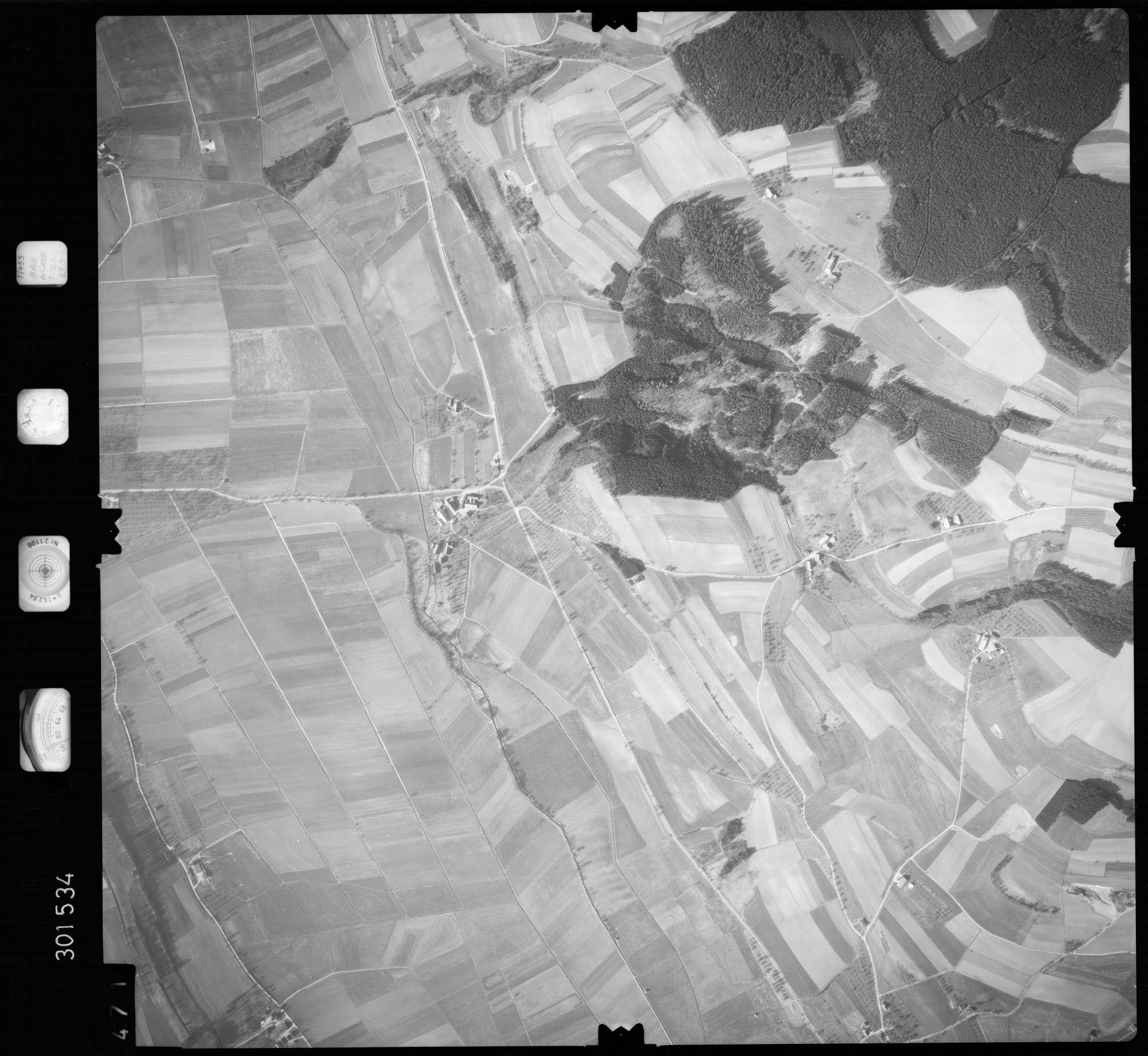 Luftbild: Film 64 Bildnr. 471, Bild 1