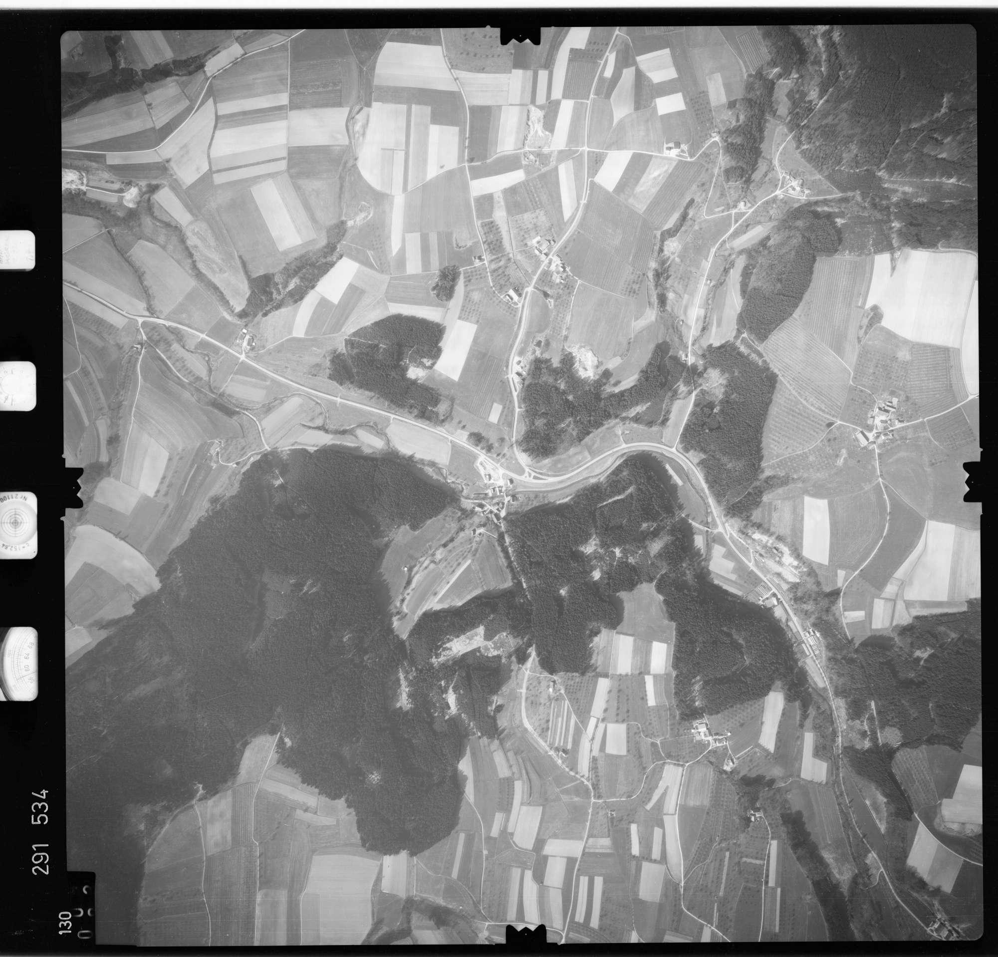Luftbild: Film 74 Bildnr. 130, Bild 1