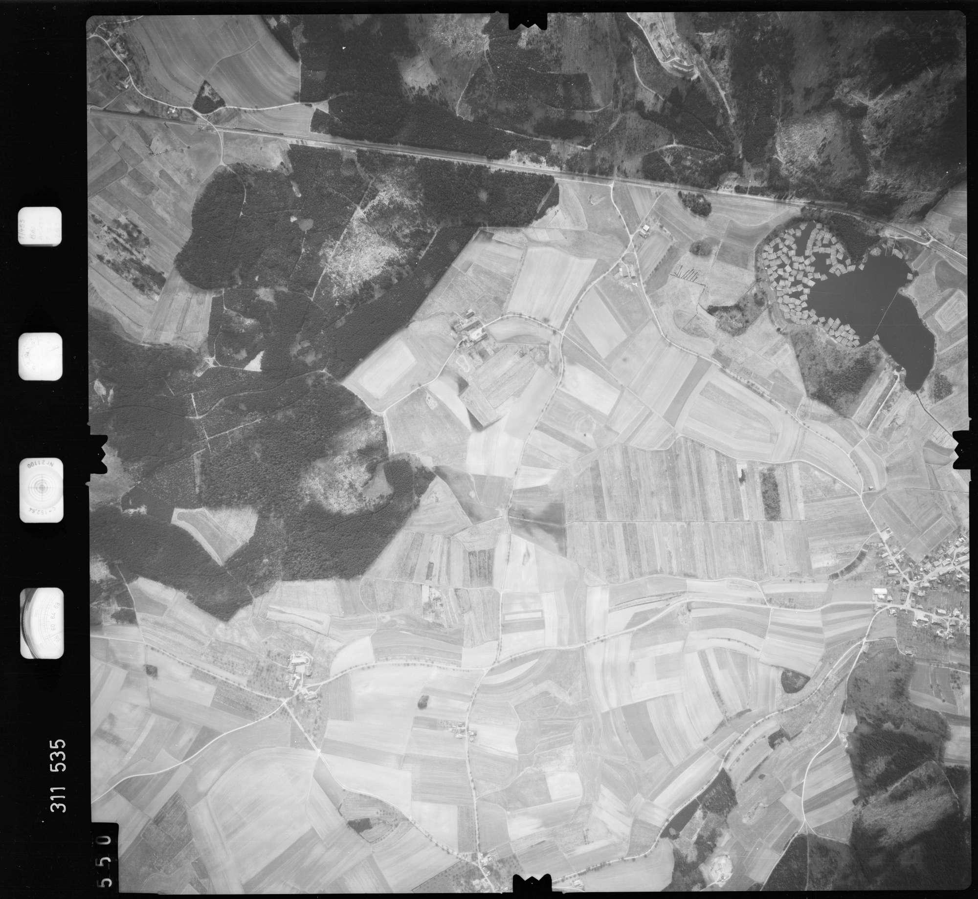 Luftbild: Film 58 Bildnr. 550, Bild 1