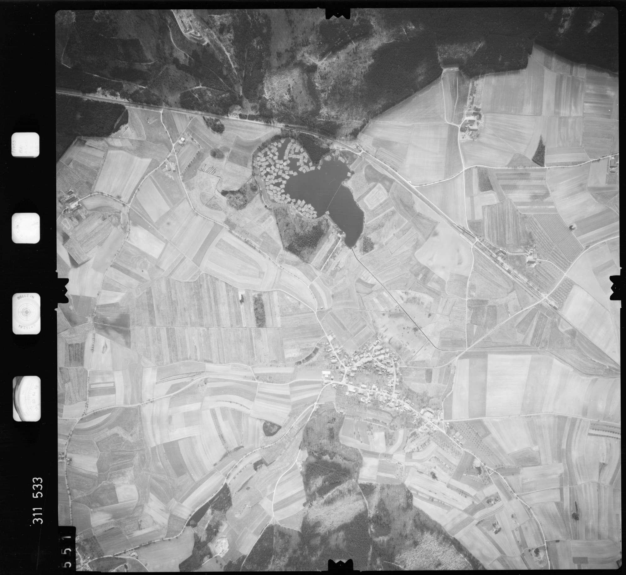 Luftbild: Film 58 Bildnr. 551, Bild 1