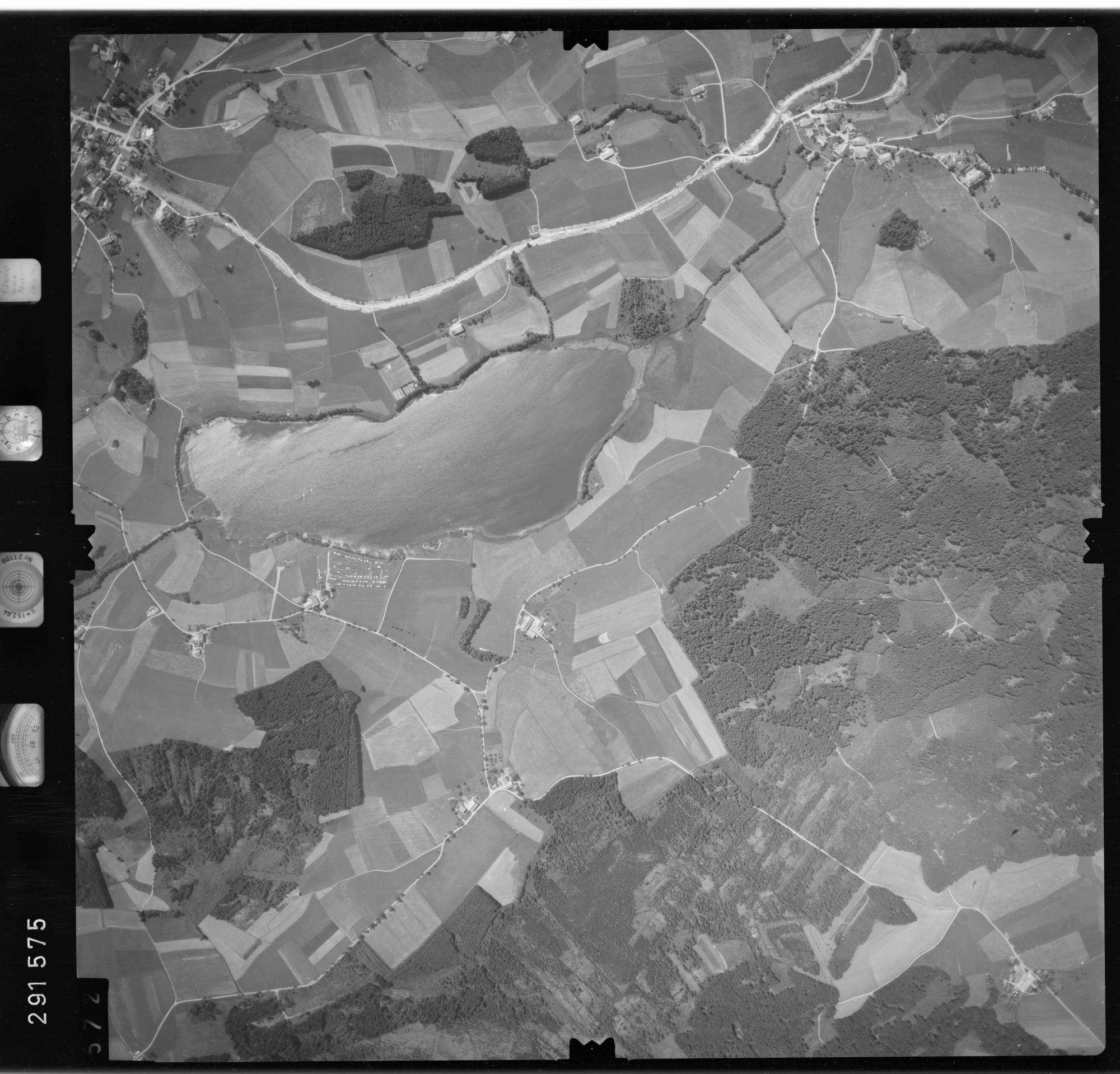 Luftbild: Film 76 Bildnr. 572, Bild 1