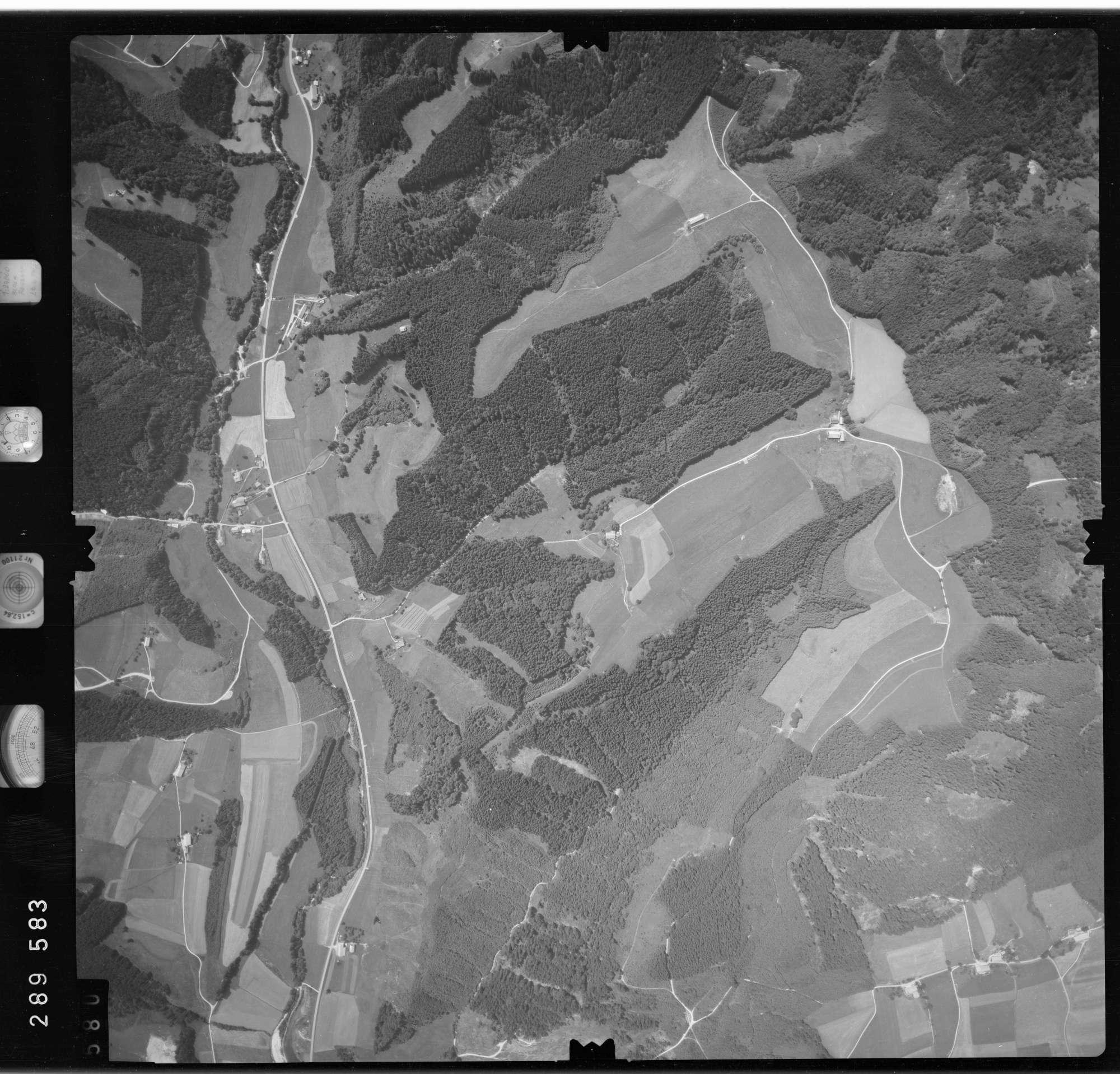Luftbild: Film 76 Bildnr. 580, Bild 1