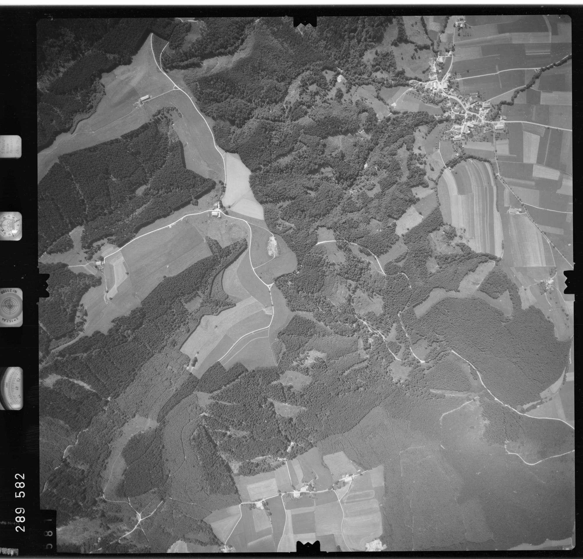 Luftbild: Film 76 Bildnr. 581, Bild 1
