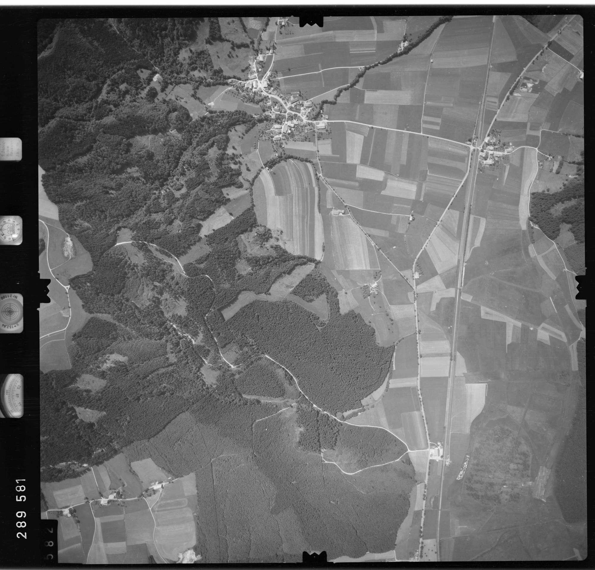Luftbild: Film 76 Bildnr. 582, Bild 1