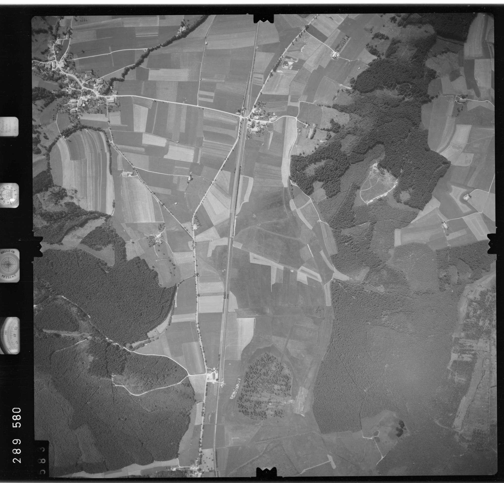 Luftbild: Film 76 Bildnr. 583, Bild 1