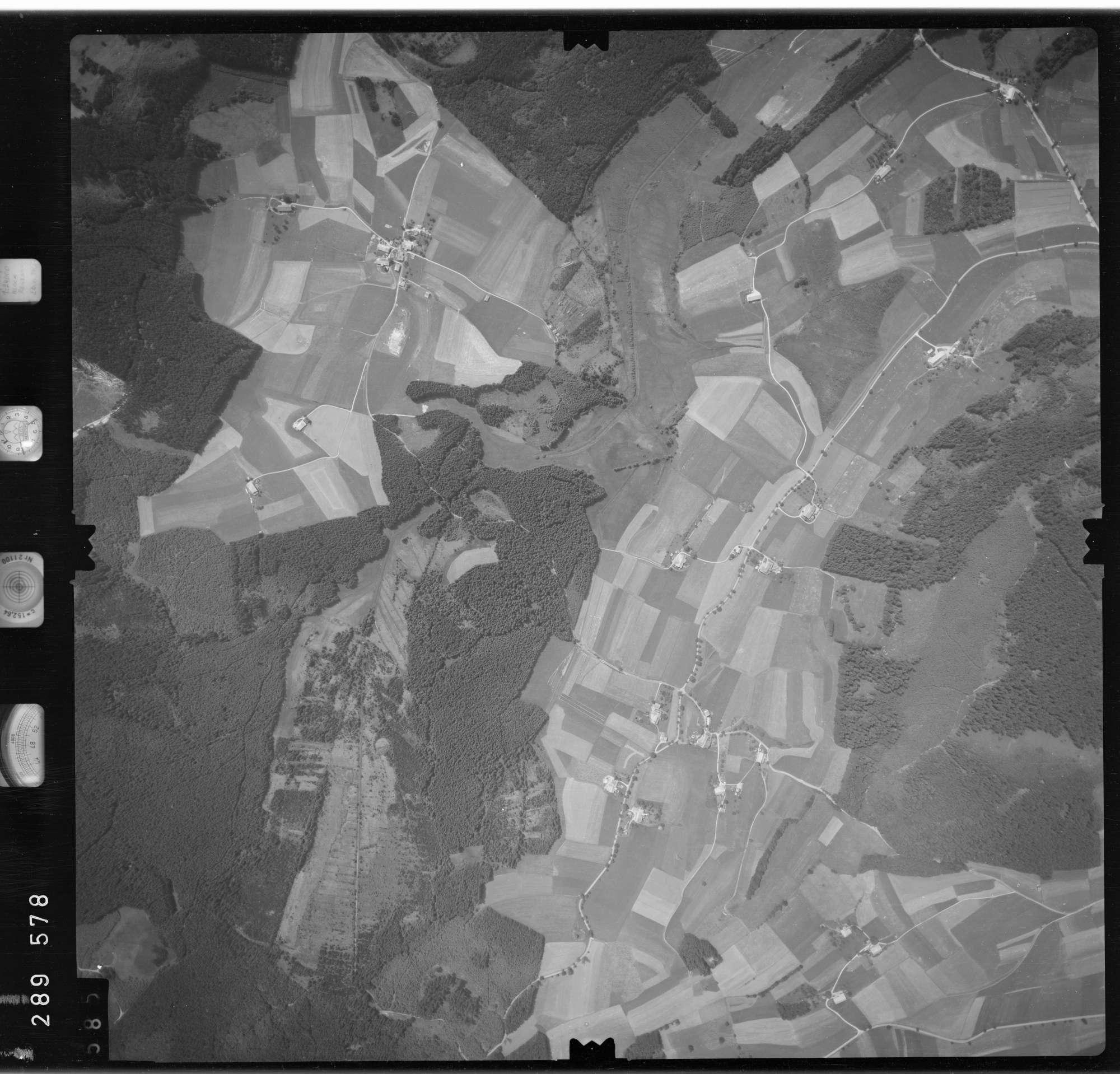 Luftbild: Film 76 Bildnr. 585, Bild 1