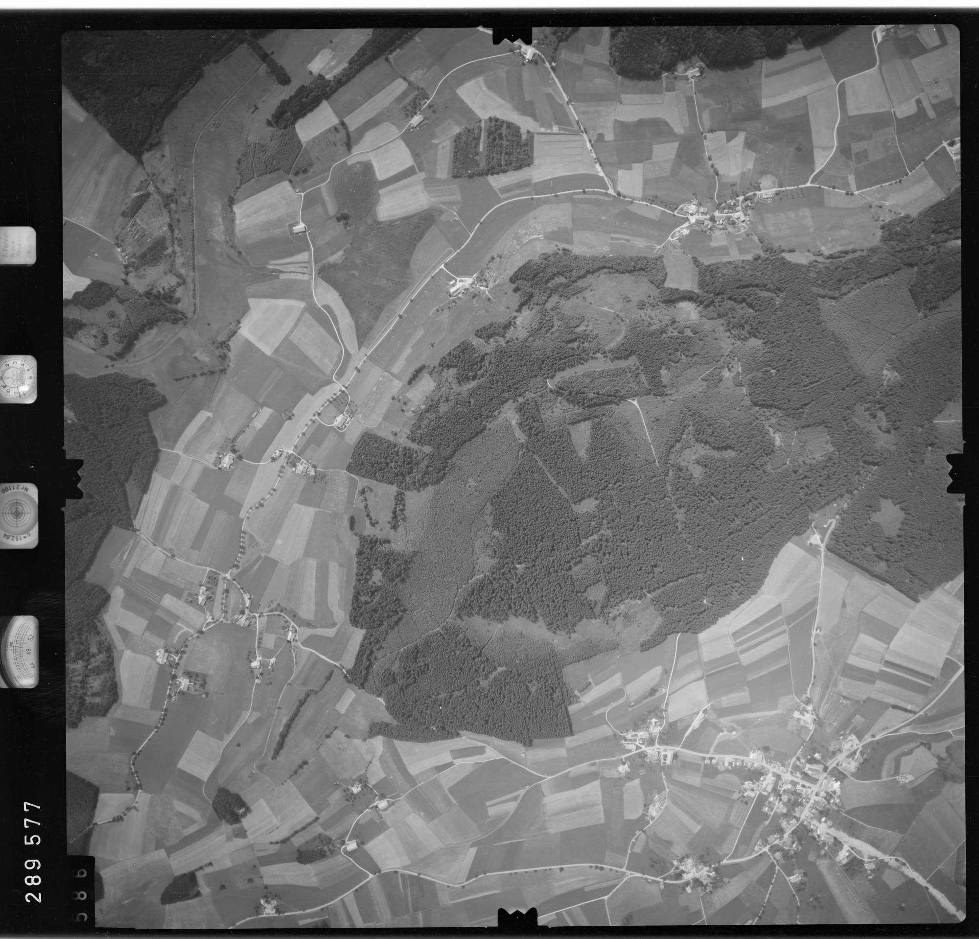 Luftbild: Film 76 Bildnr. 586, Bild 1
