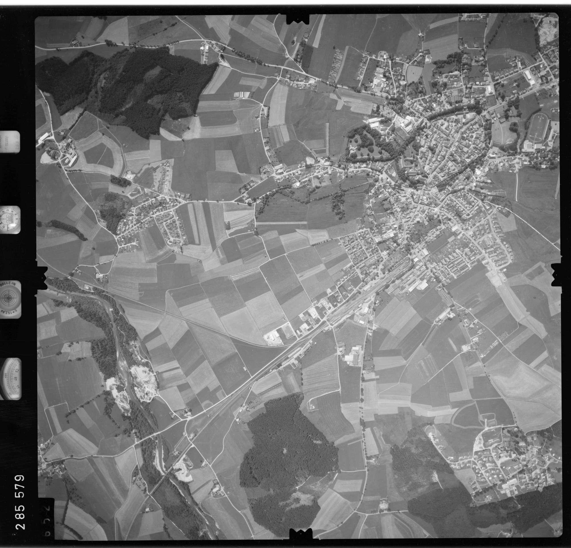 Luftbild: Film 76 Bildnr. 652, Bild 1