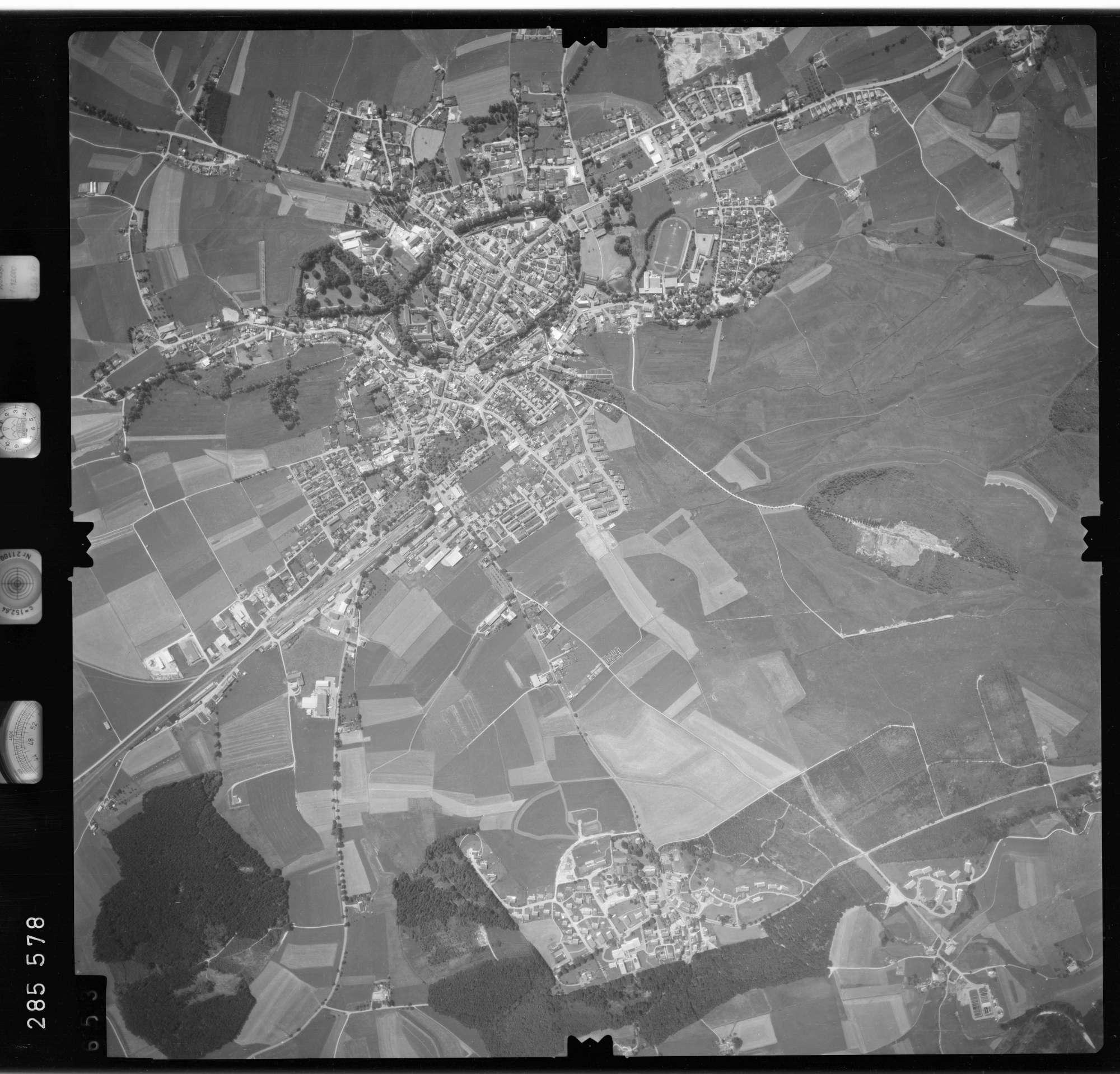 Luftbild: Film 76 Bildnr. 653, Bild 1
