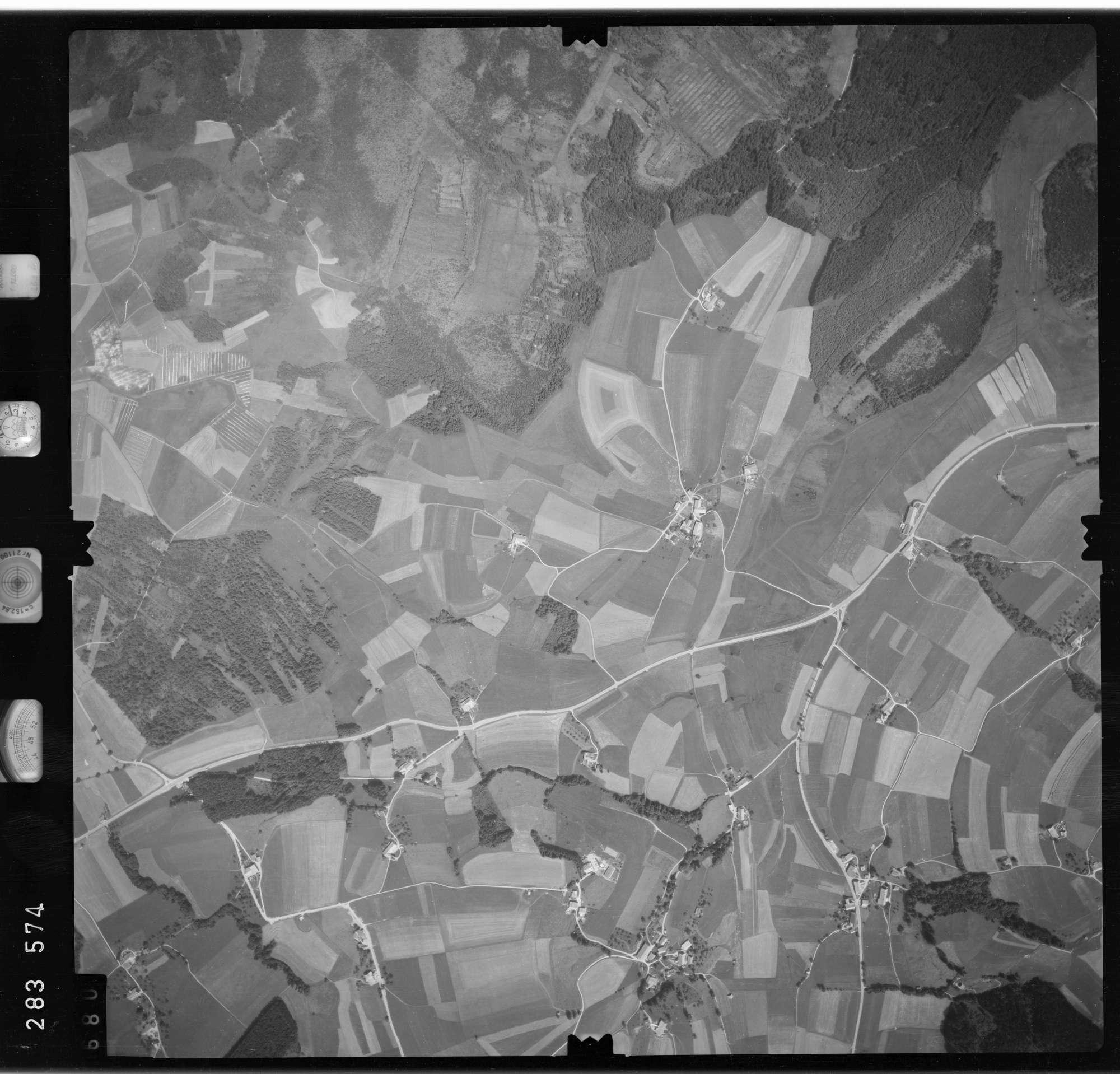 Luftbild: Film 76 Bildnr. 680, Bild 1