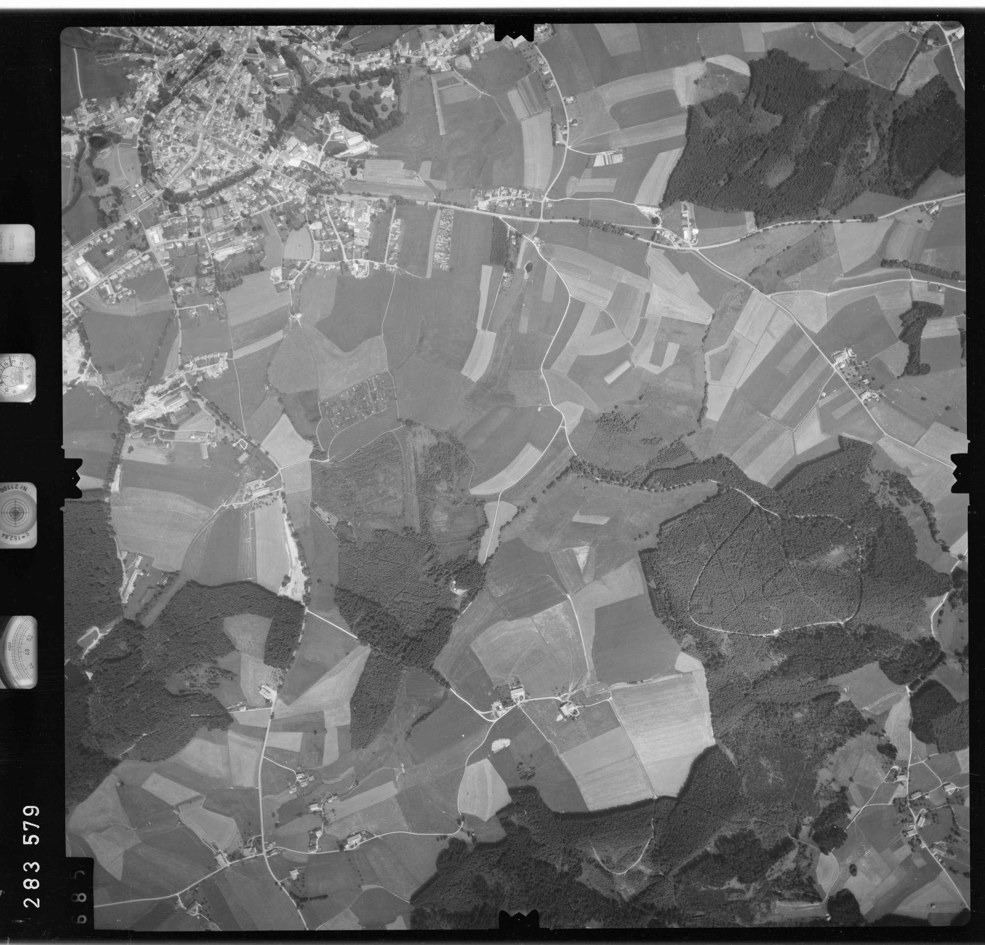 Luftbild: Film 76 Bildnr. 685, Bild 1