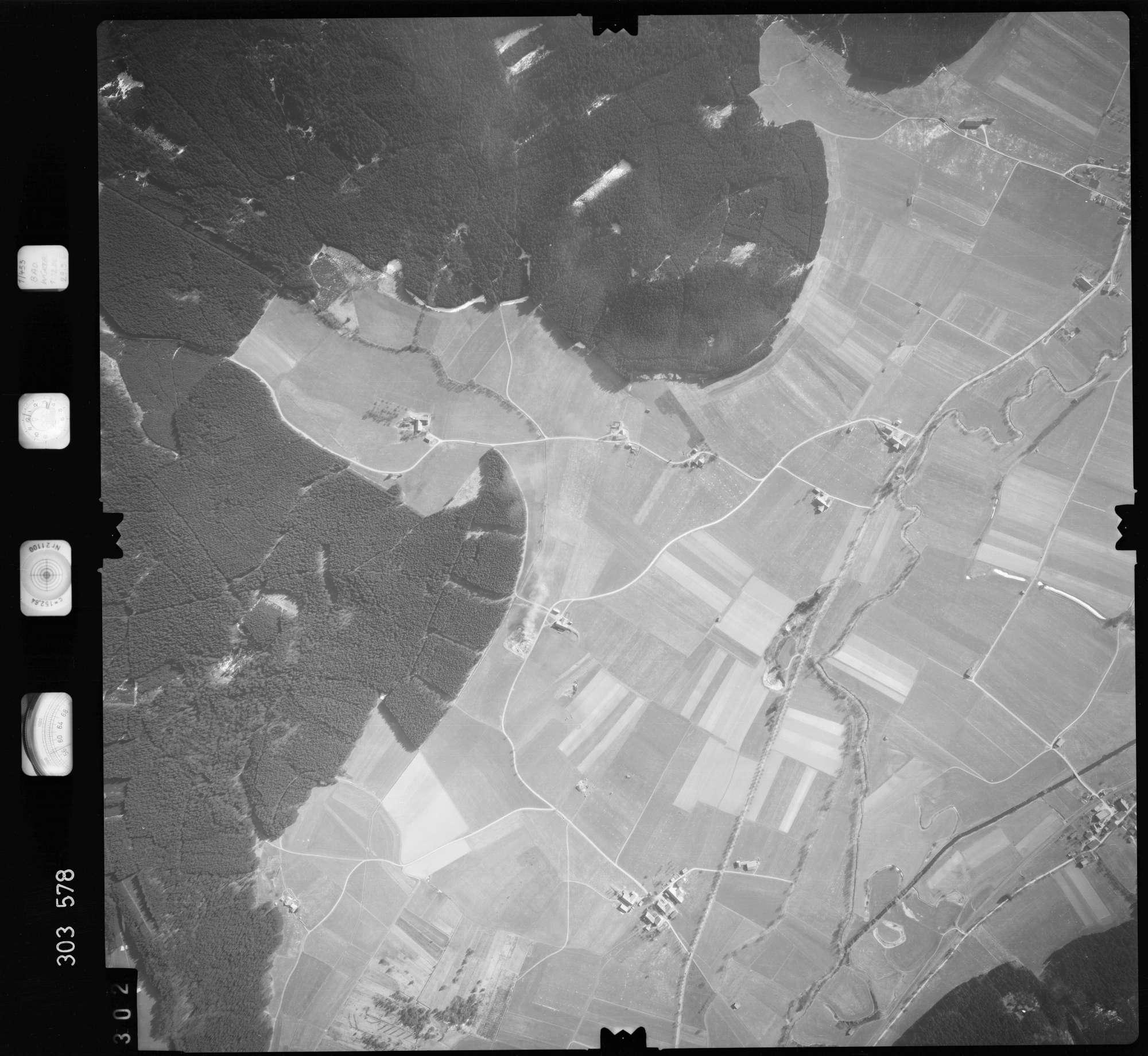 Luftbild: Film 64 Bildnr. 302, Bild 1