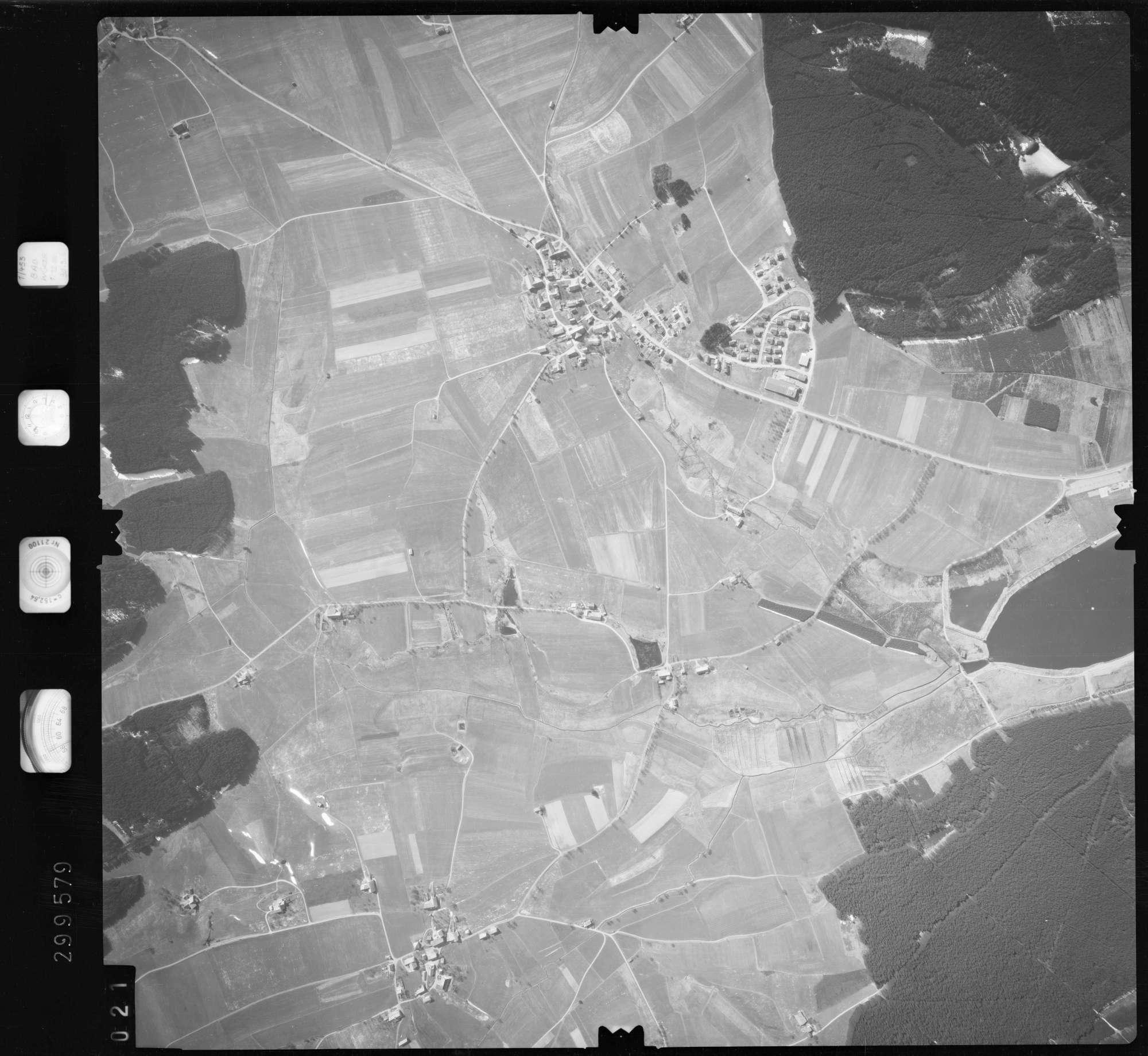 Luftbild: Film 66 Bildnr. 21, Bild 1