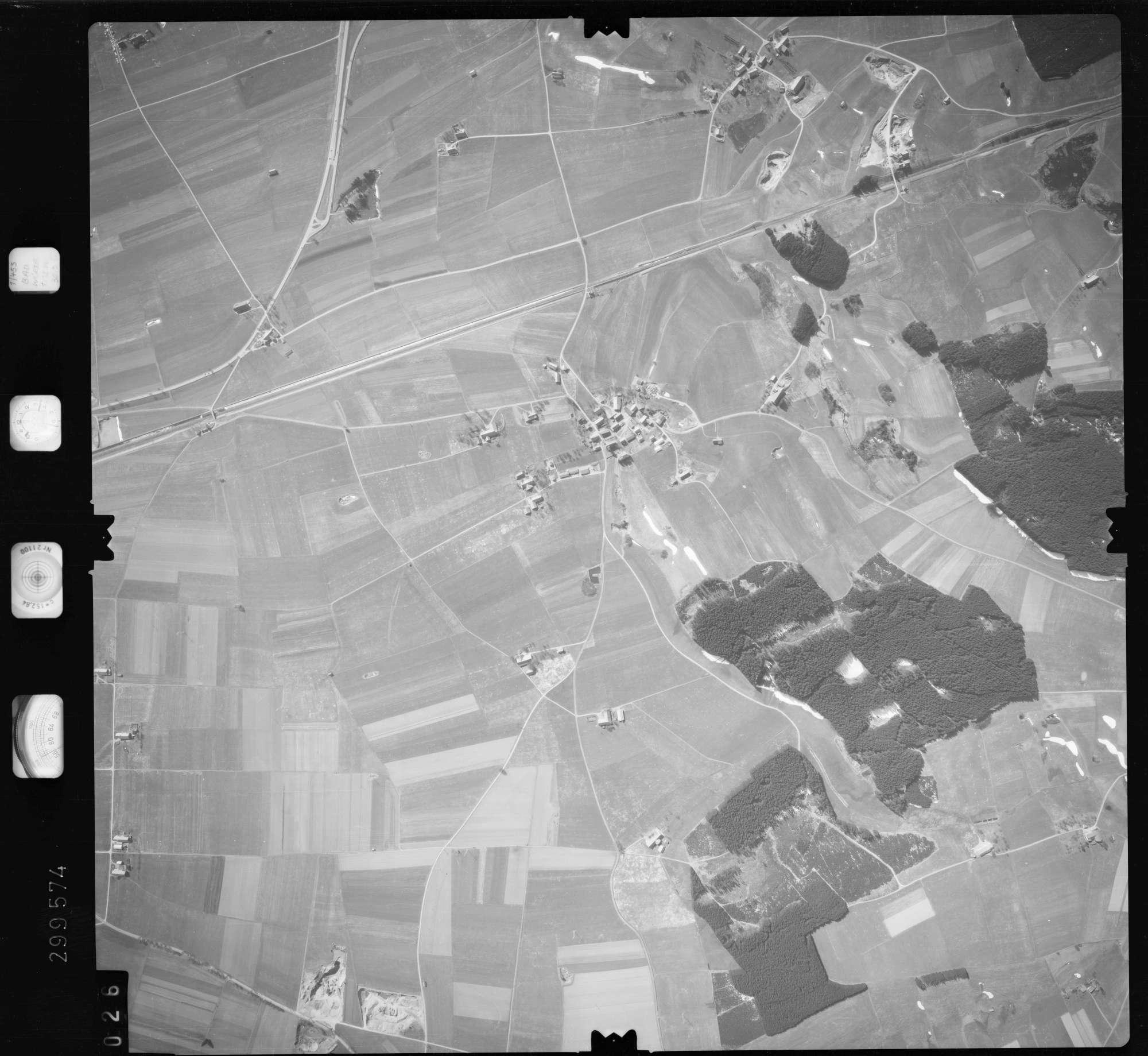 Luftbild: Film 66 Bildnr. 26, Bild 1