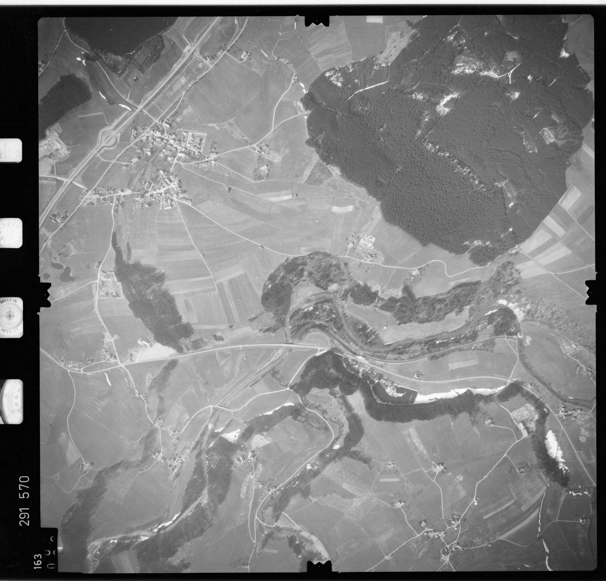 Luftbild: Film 74 Bildnr. 163, Bild 1