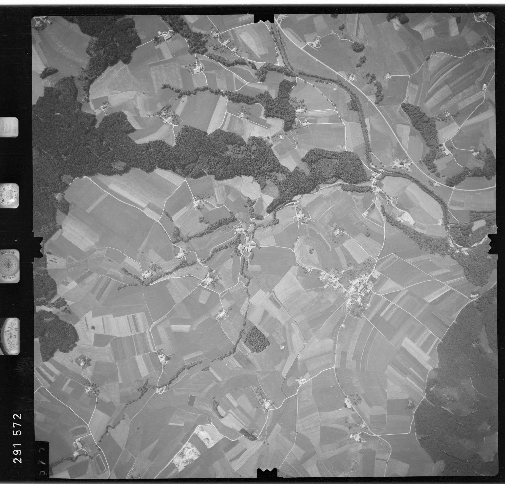 Luftbild: Film 76 Bildnr. 575, Bild 1