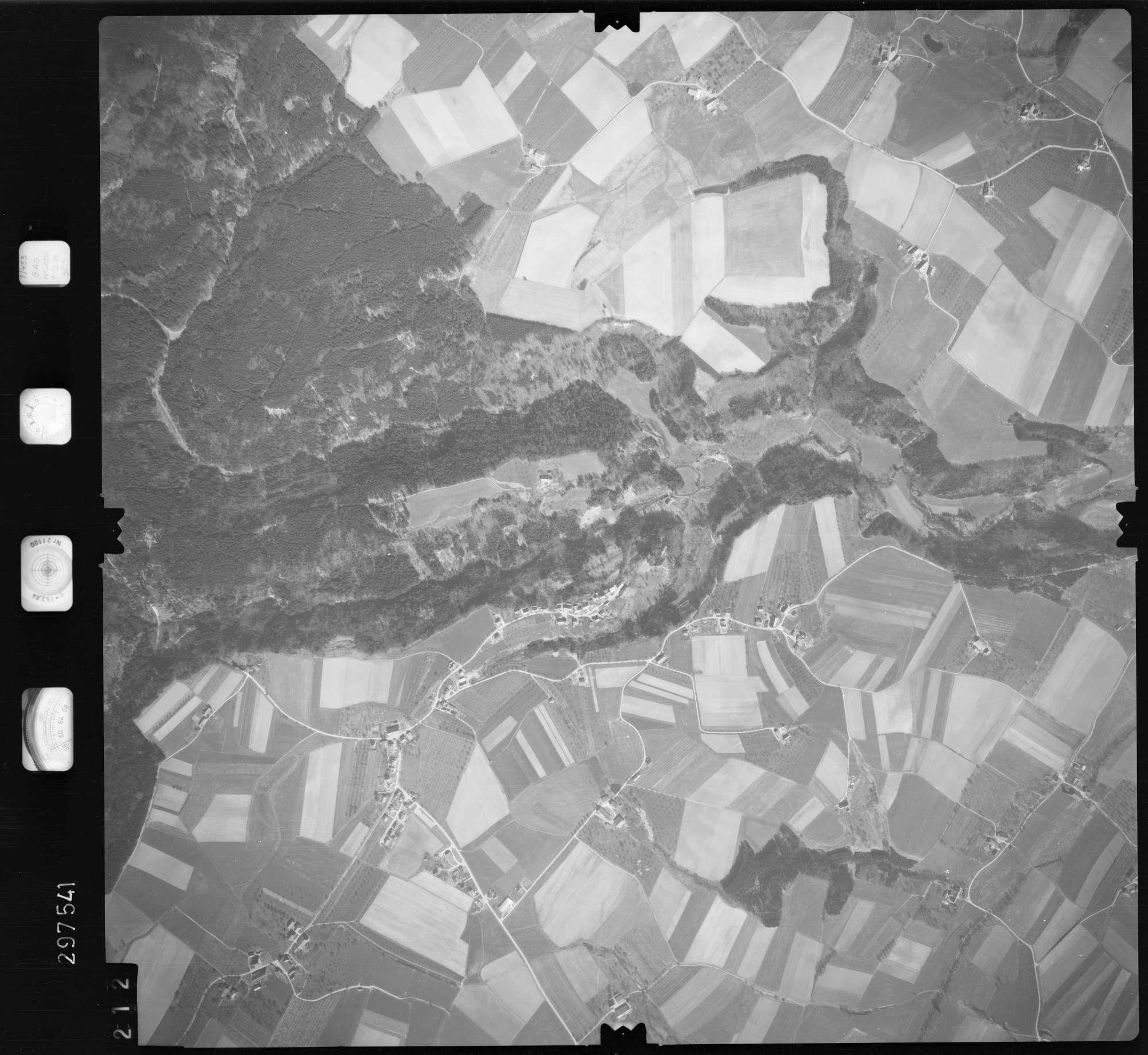 Luftbild: Film 66 Bildnr. 212, Bild 1
